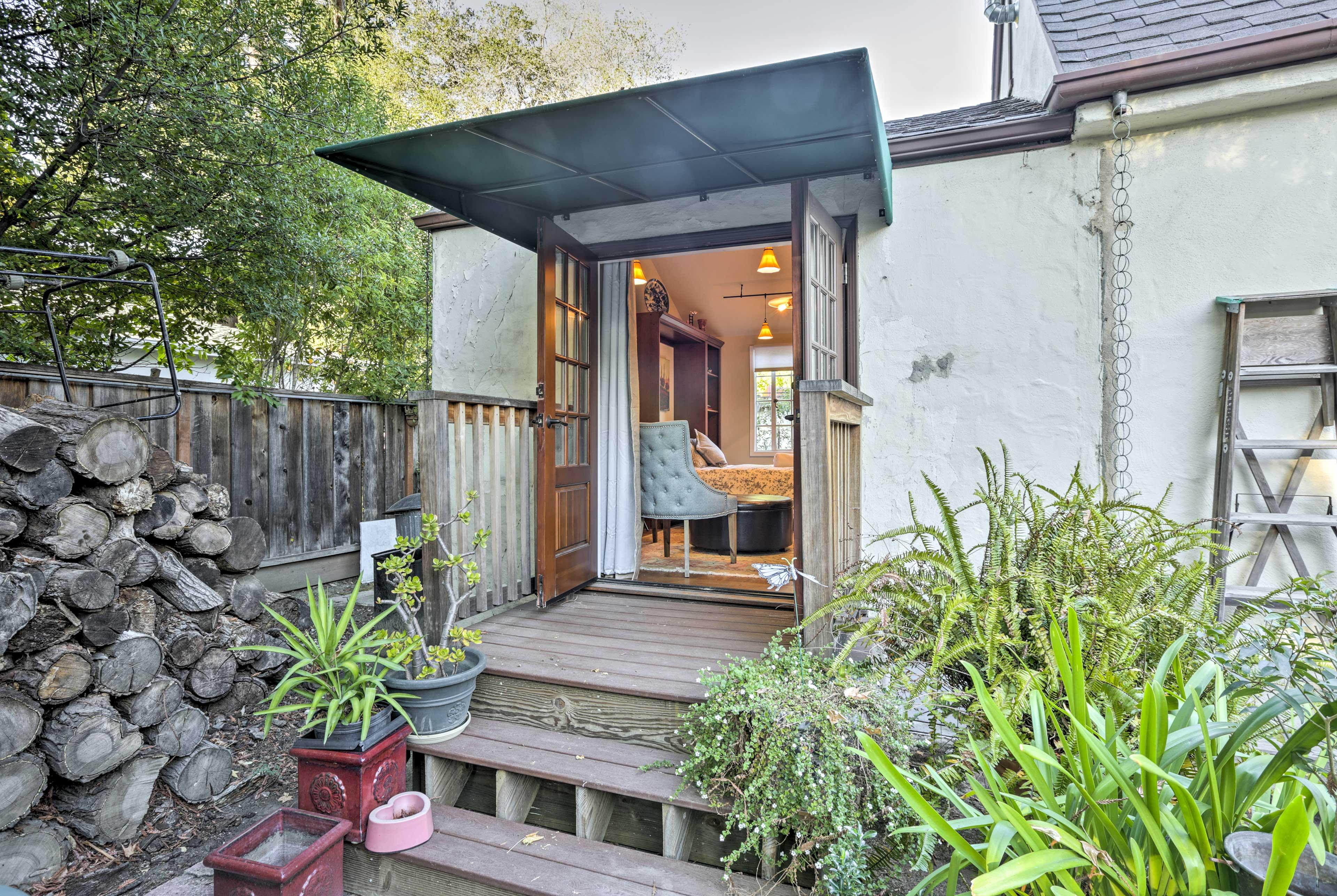 Enjoy the direct garden access from both entrances of the home.
