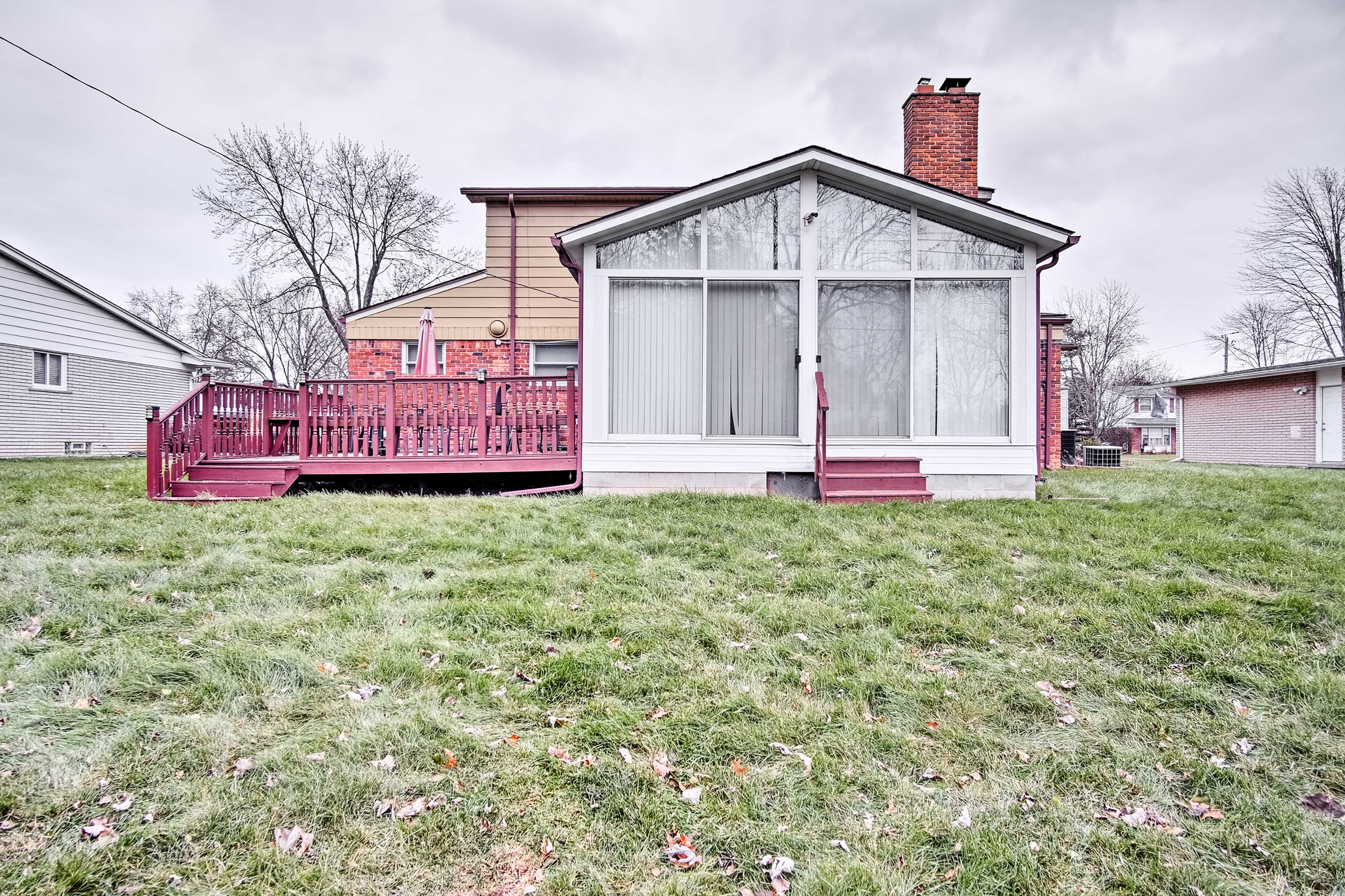 Let the kids run and play in this spacious yard!