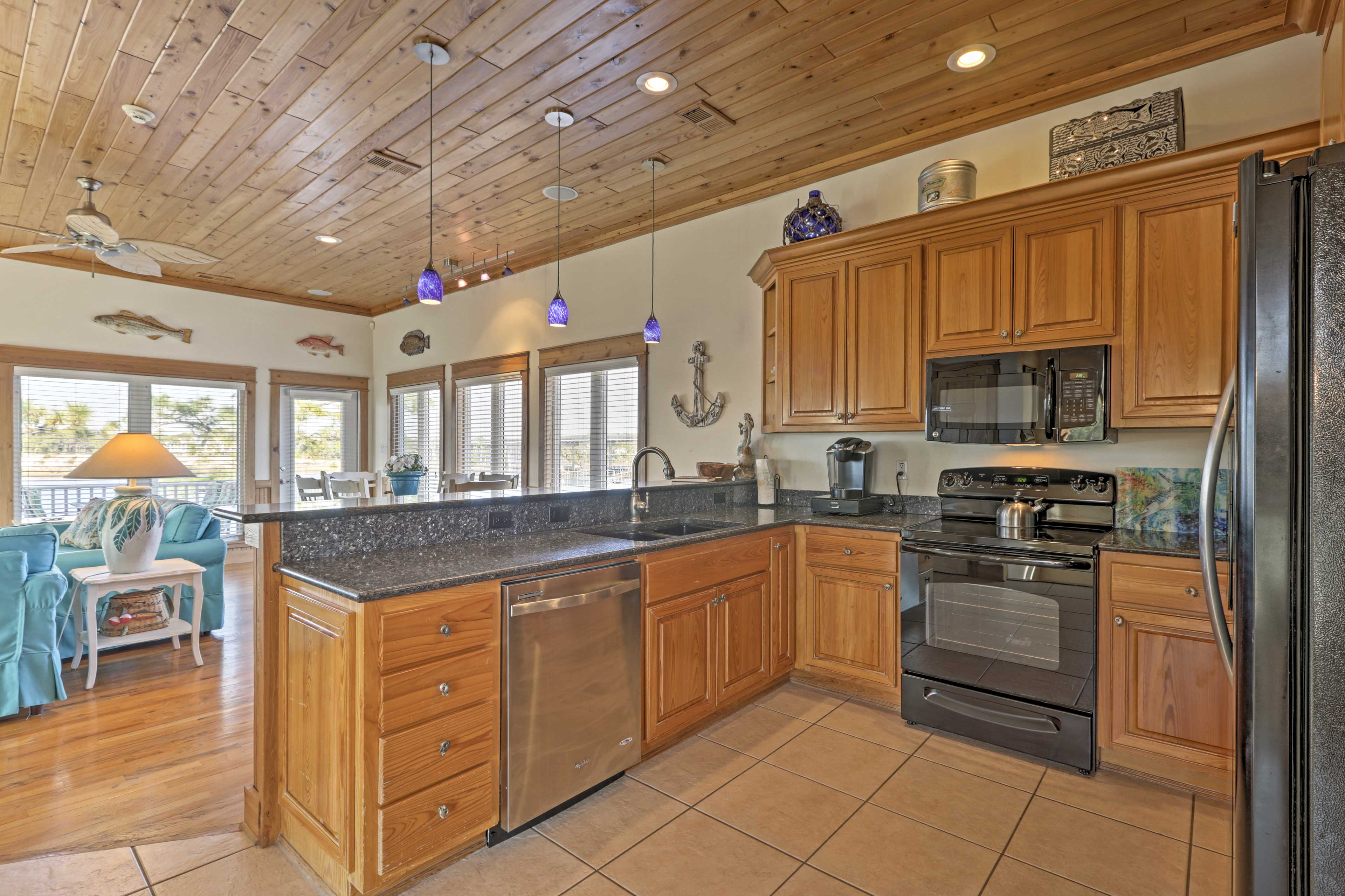 Easily fry up the catch of the day in this fully equipped kitchen.