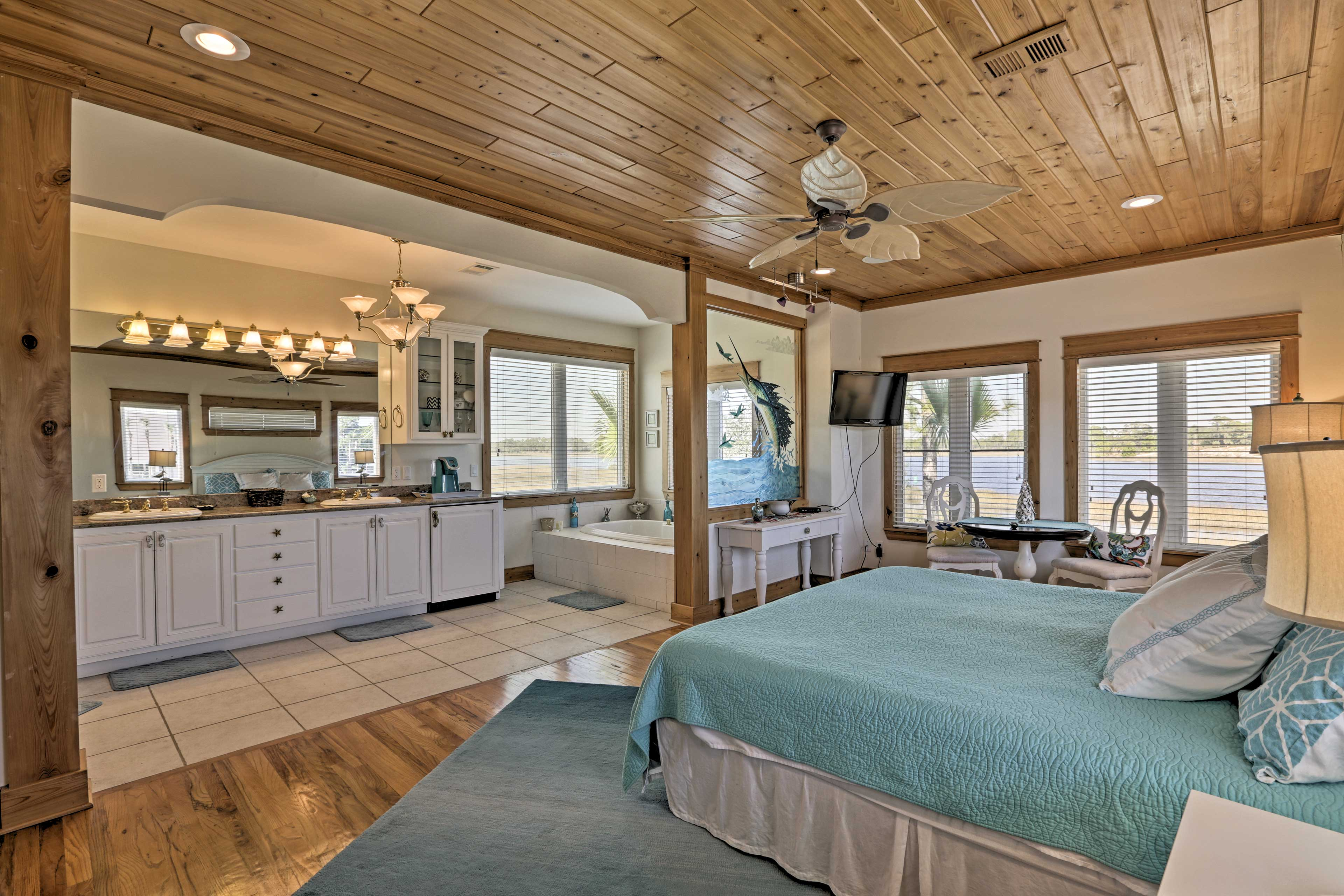 You'll love spending downtime in this lavish master bedroom!