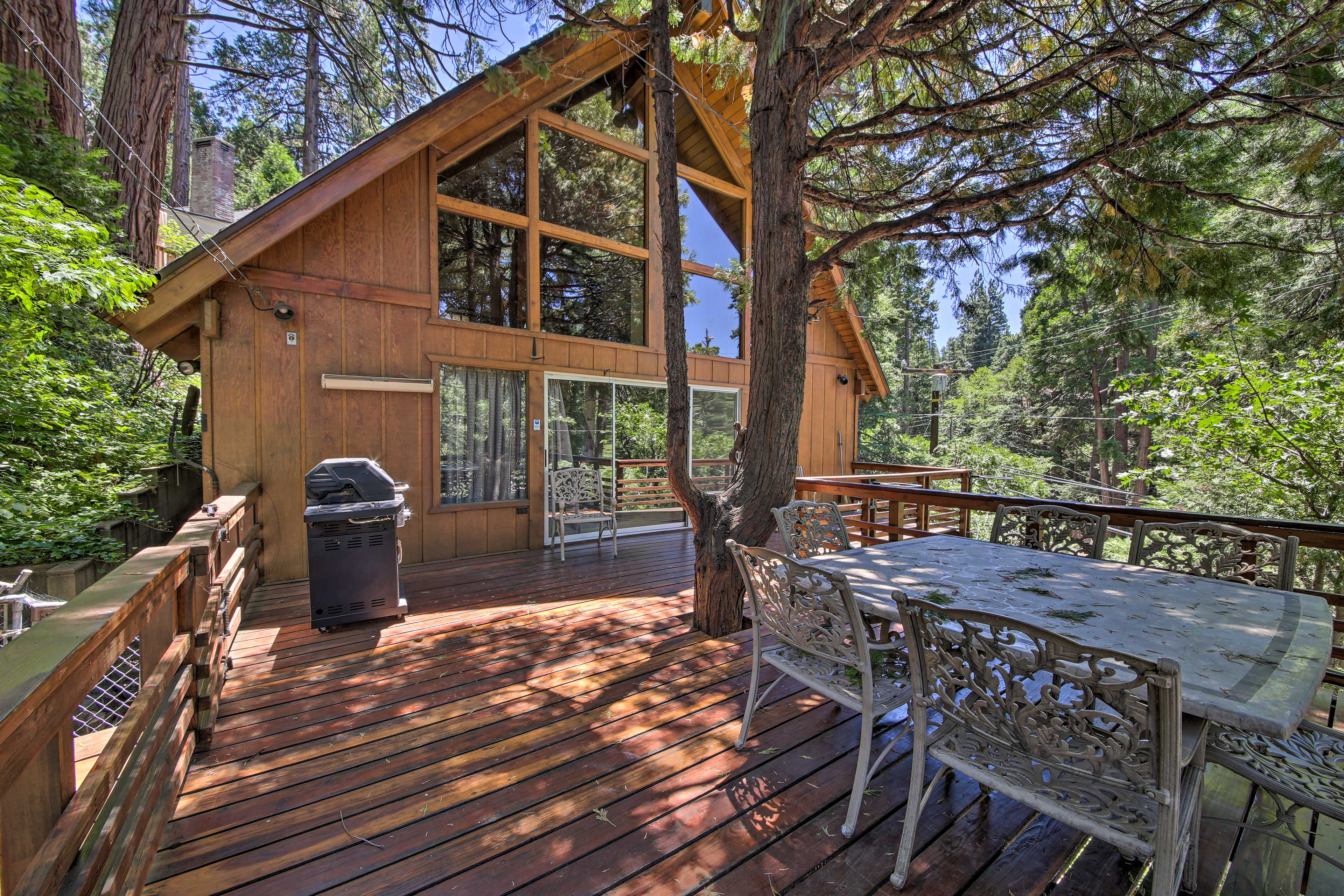 Lake Arrowhead Vacation Rental House   2BR   2BA   1,800 Sq Ft   6 Guests