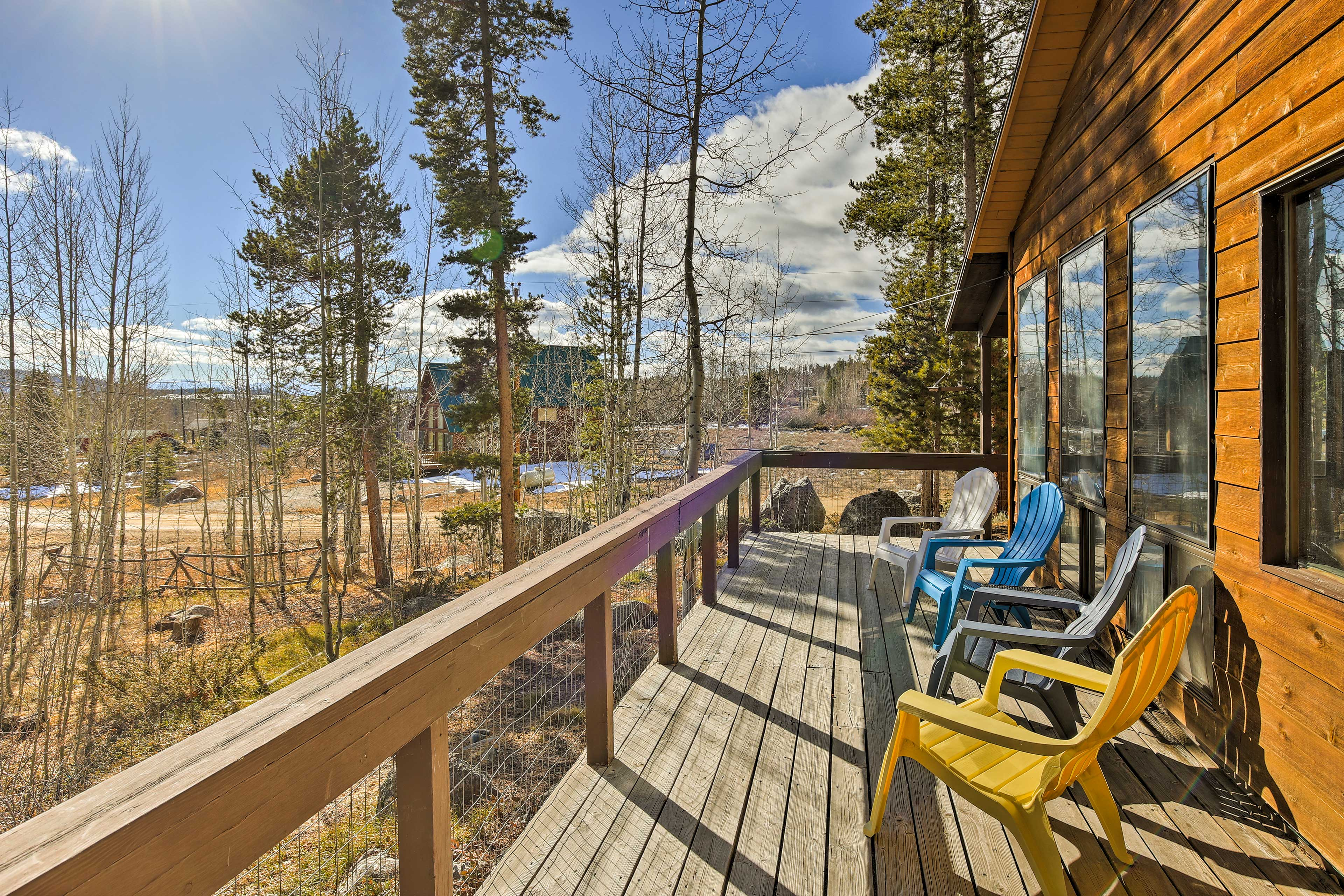 This Grand Lake getaway offers countless opportunities for outdoor fun!