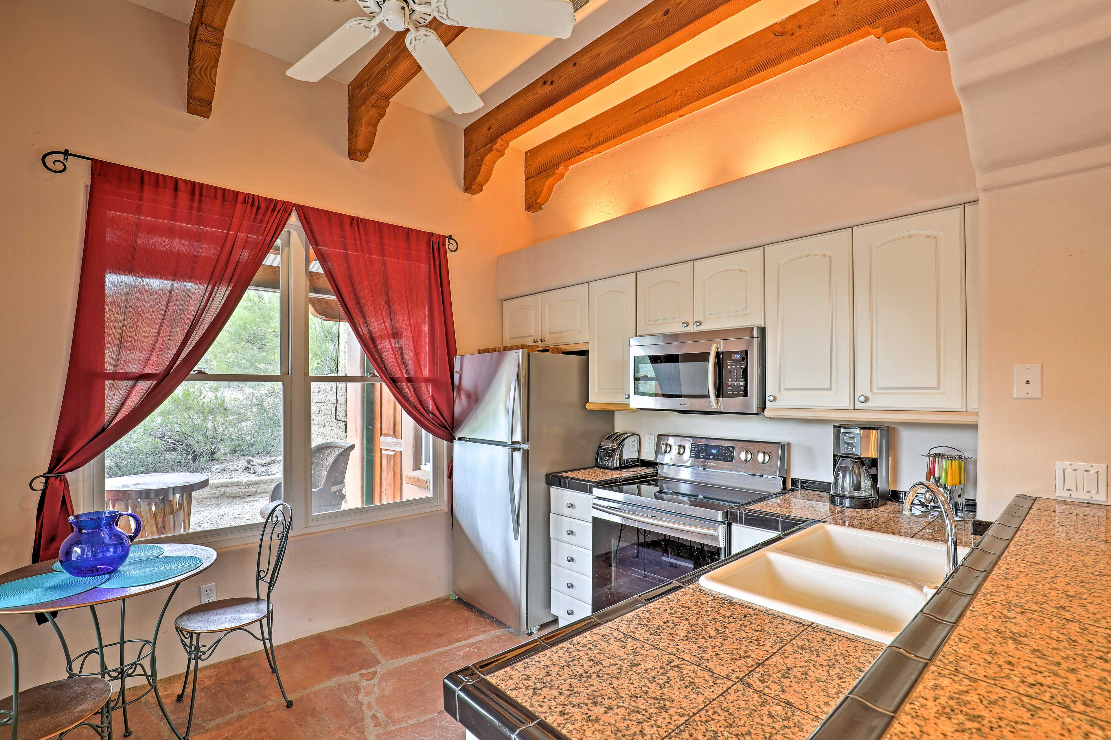 Kitchen | Dining Area