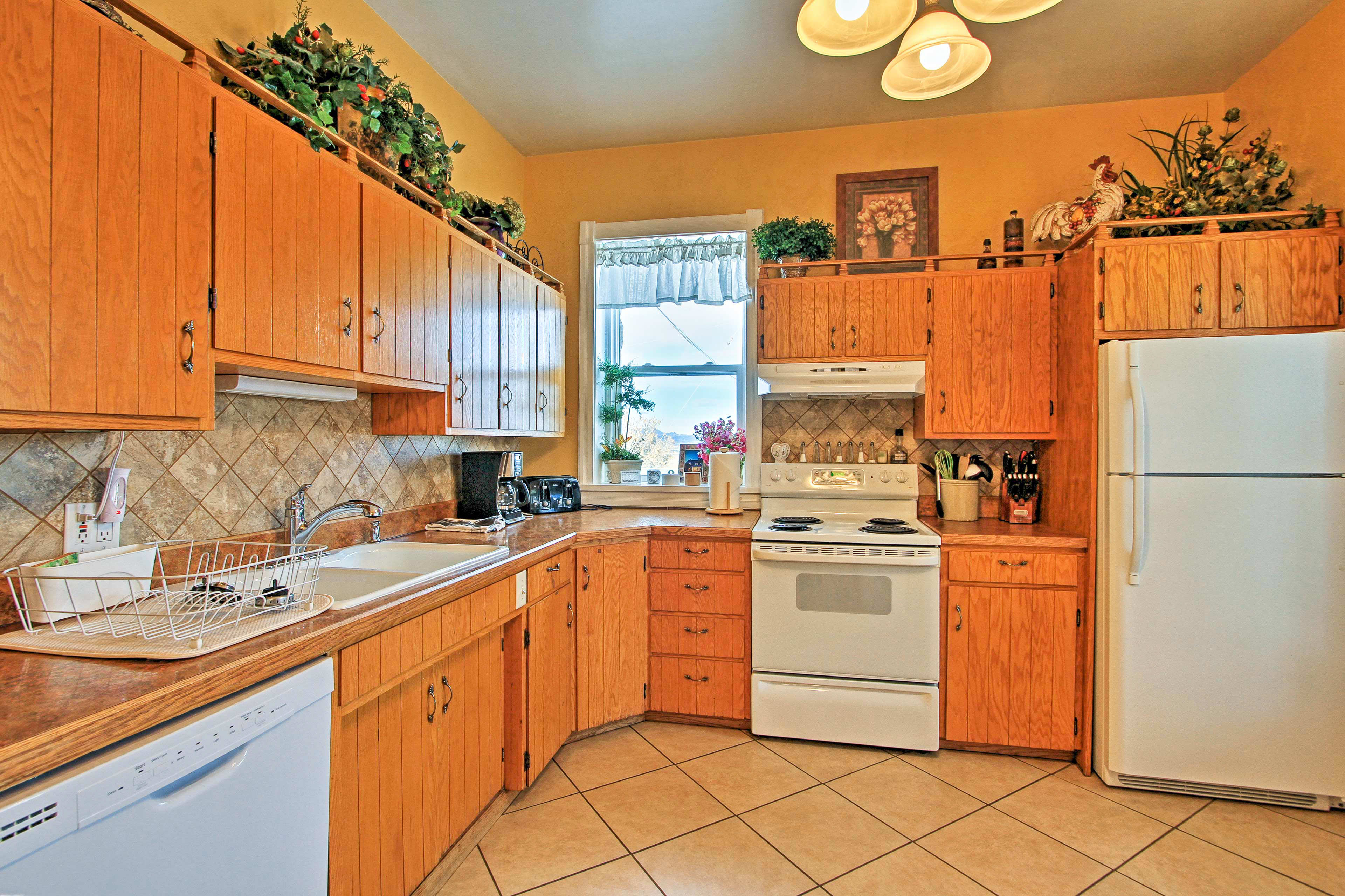 Cooking for groups is a breeze in the fully equipped kitchen.