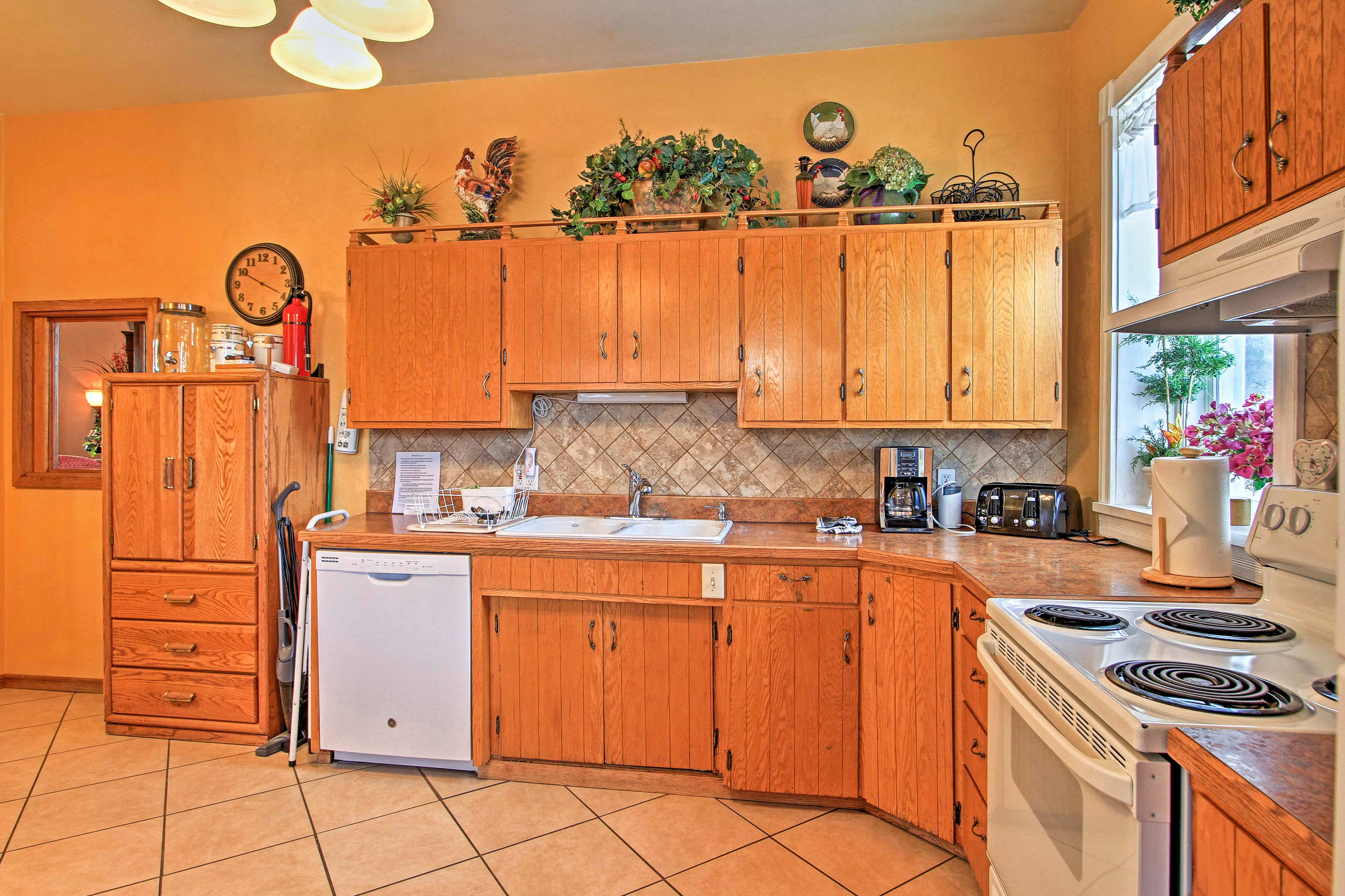 The spacious floor plan allows for multiple chefs to cook simultaneously.