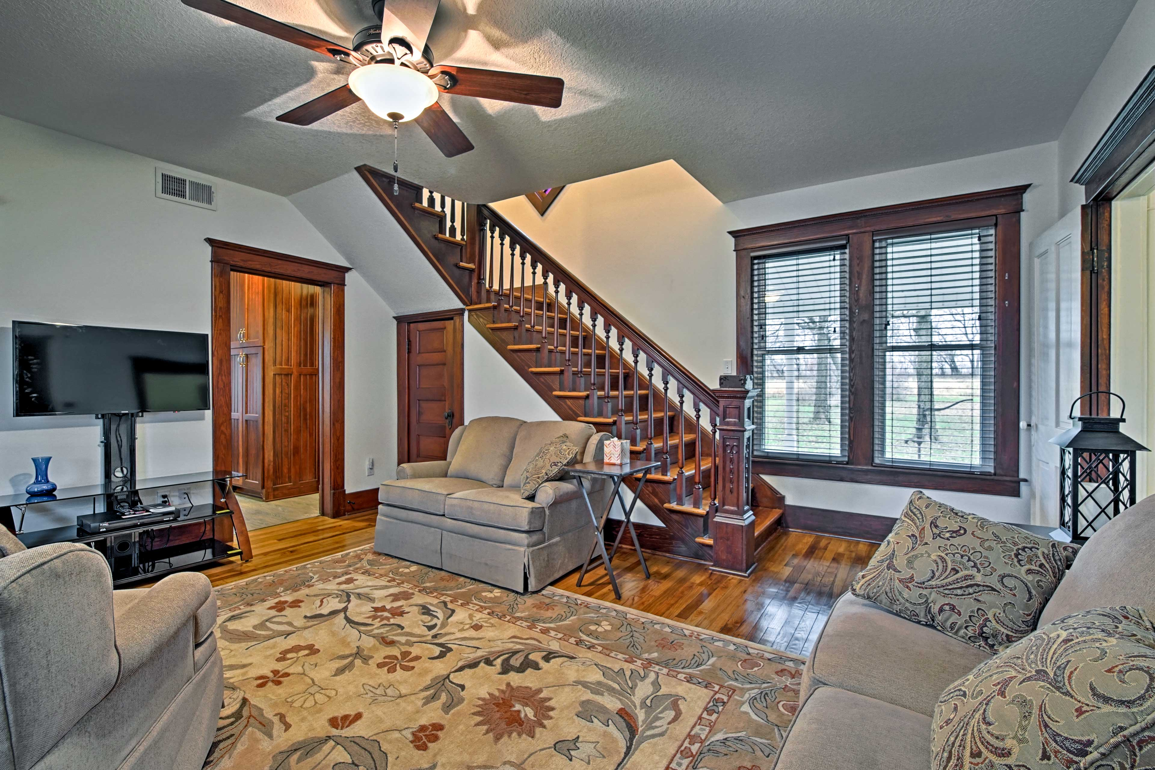 Up to 4 guests can relax comfortably in this 2-bedroom, 2-bathroom house.