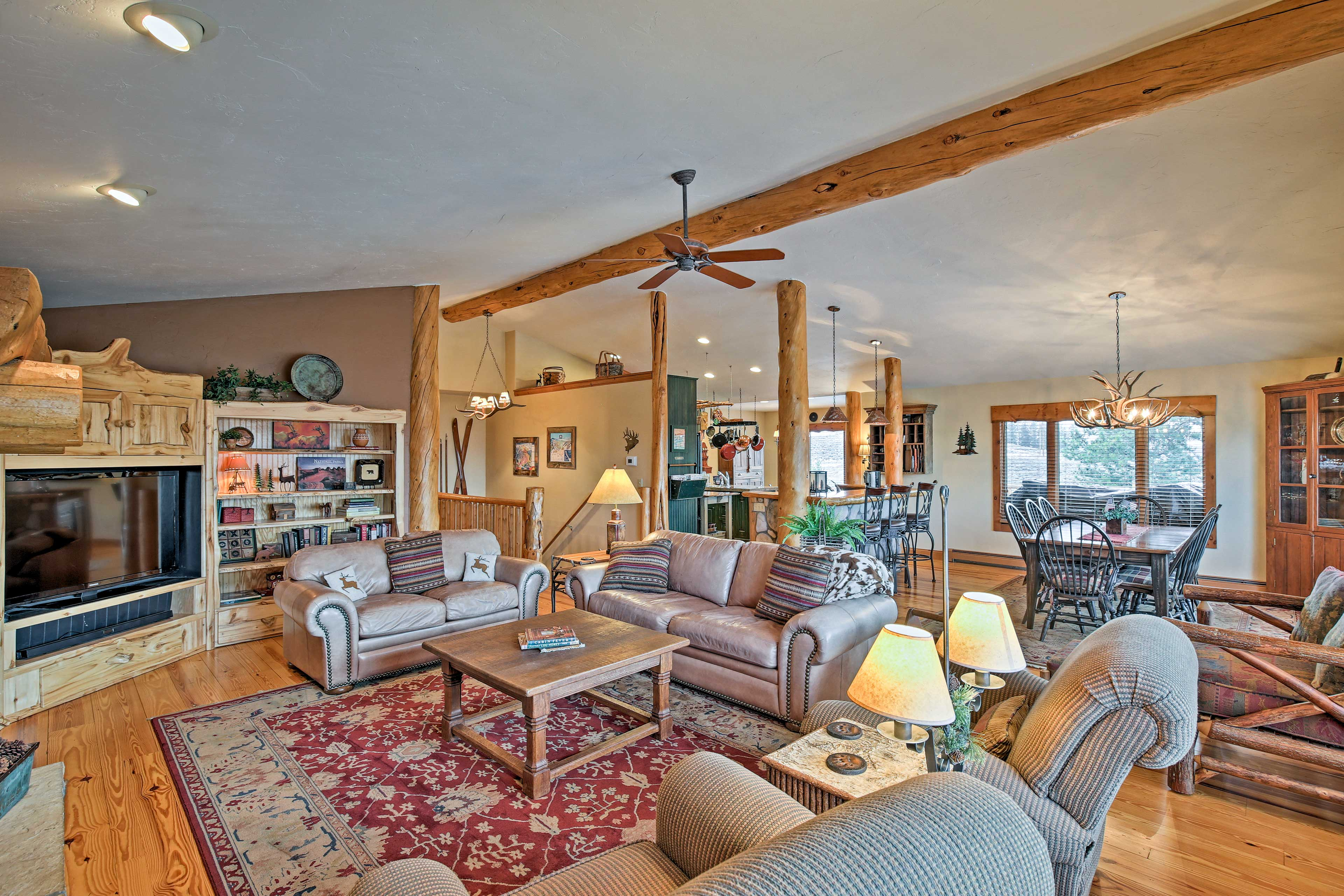 An open concept floor plan makes it easy to mingle with your loved ones.