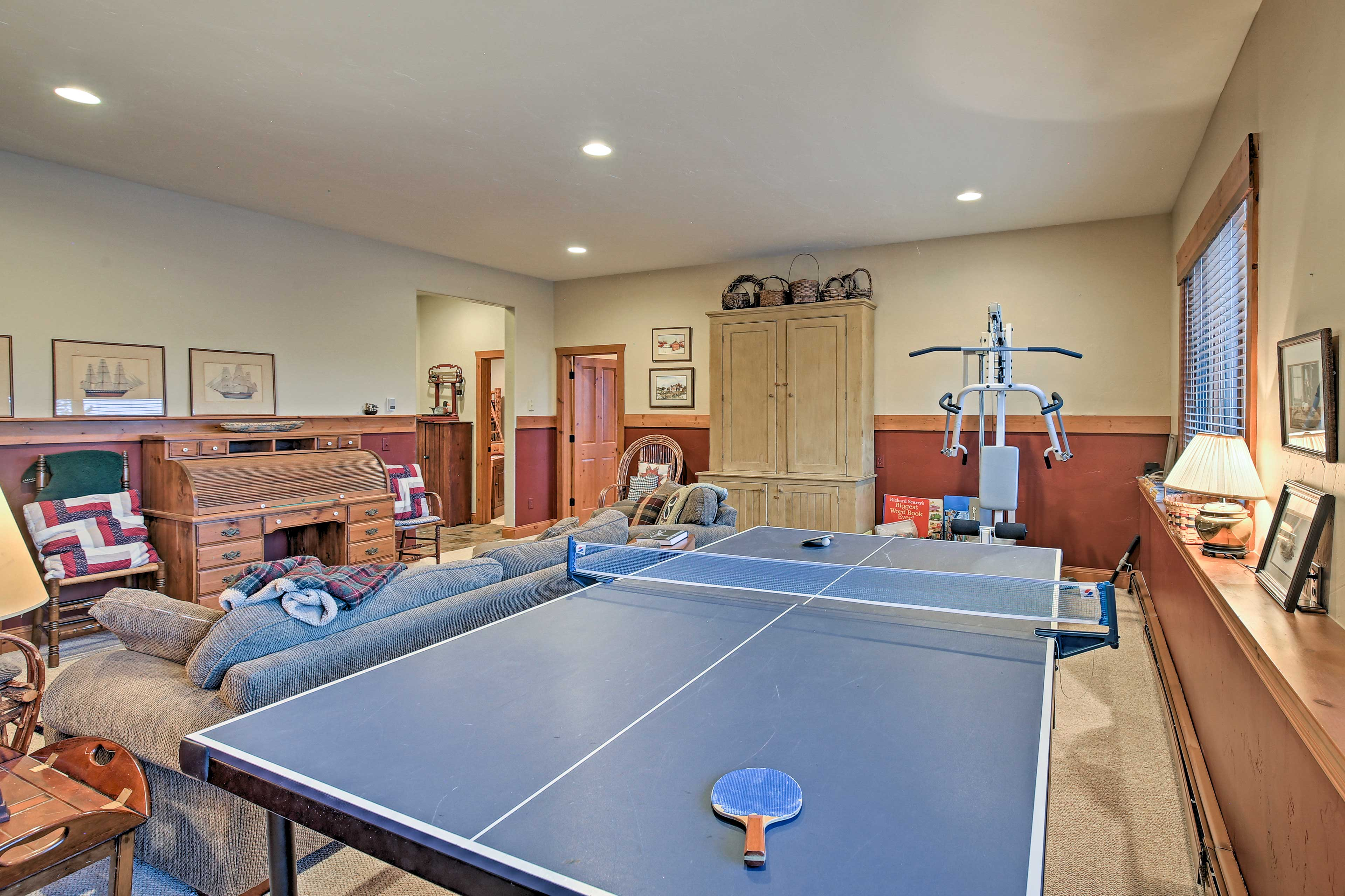 The ping pong table is sure to provide evening entertainment.