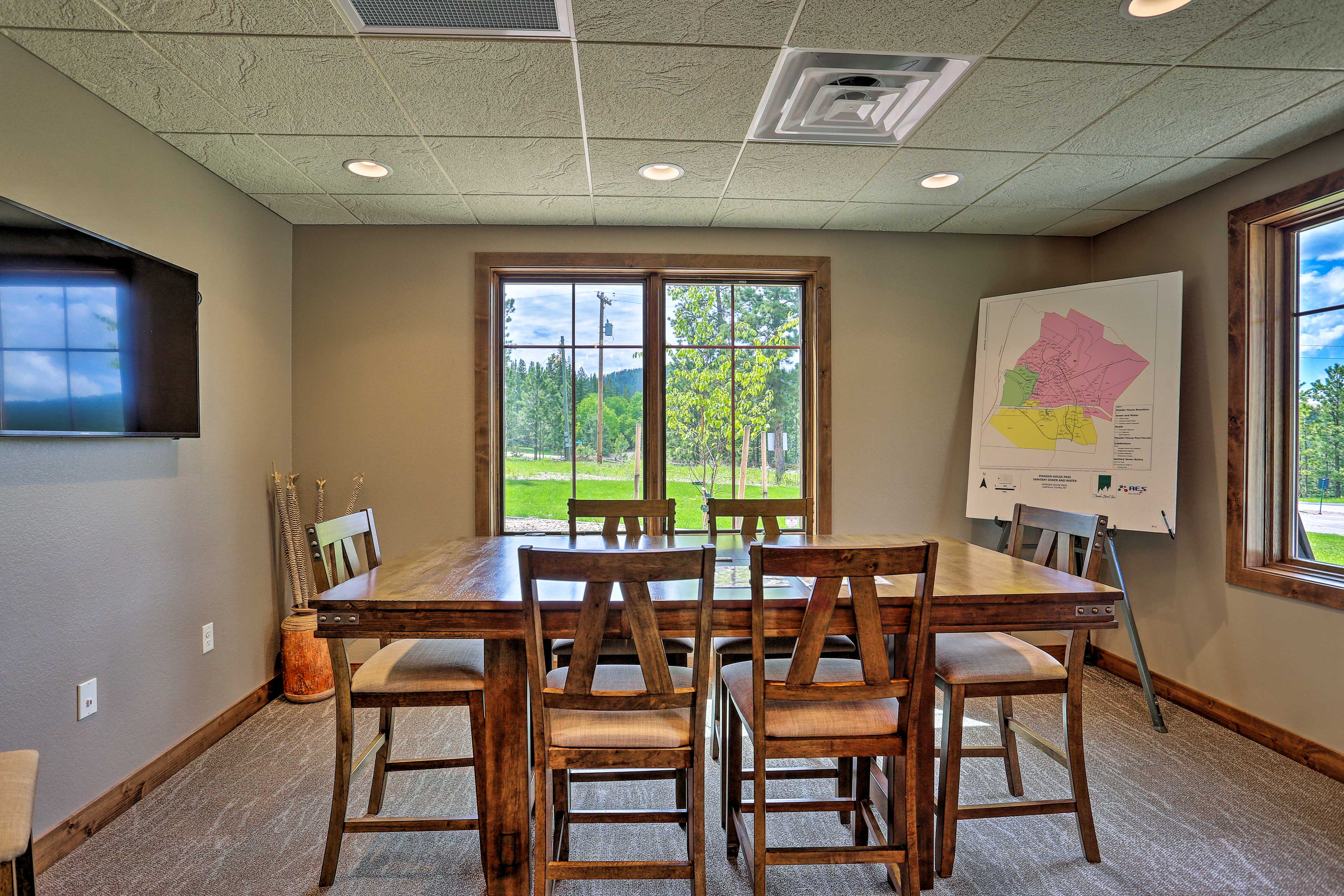 Small conference rooms help those traveling professionals!