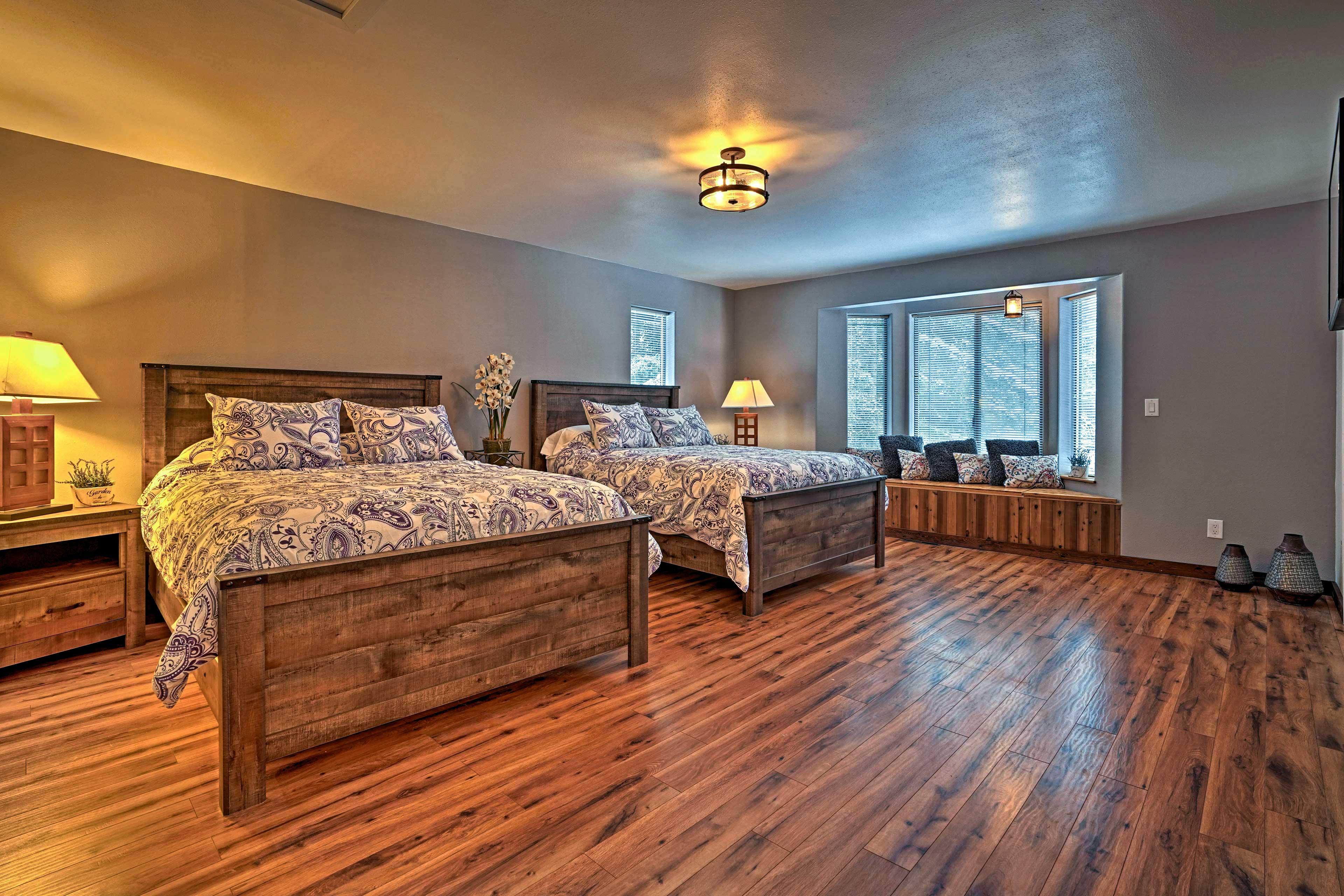 Bedroom 3 | 2 Queen Beds