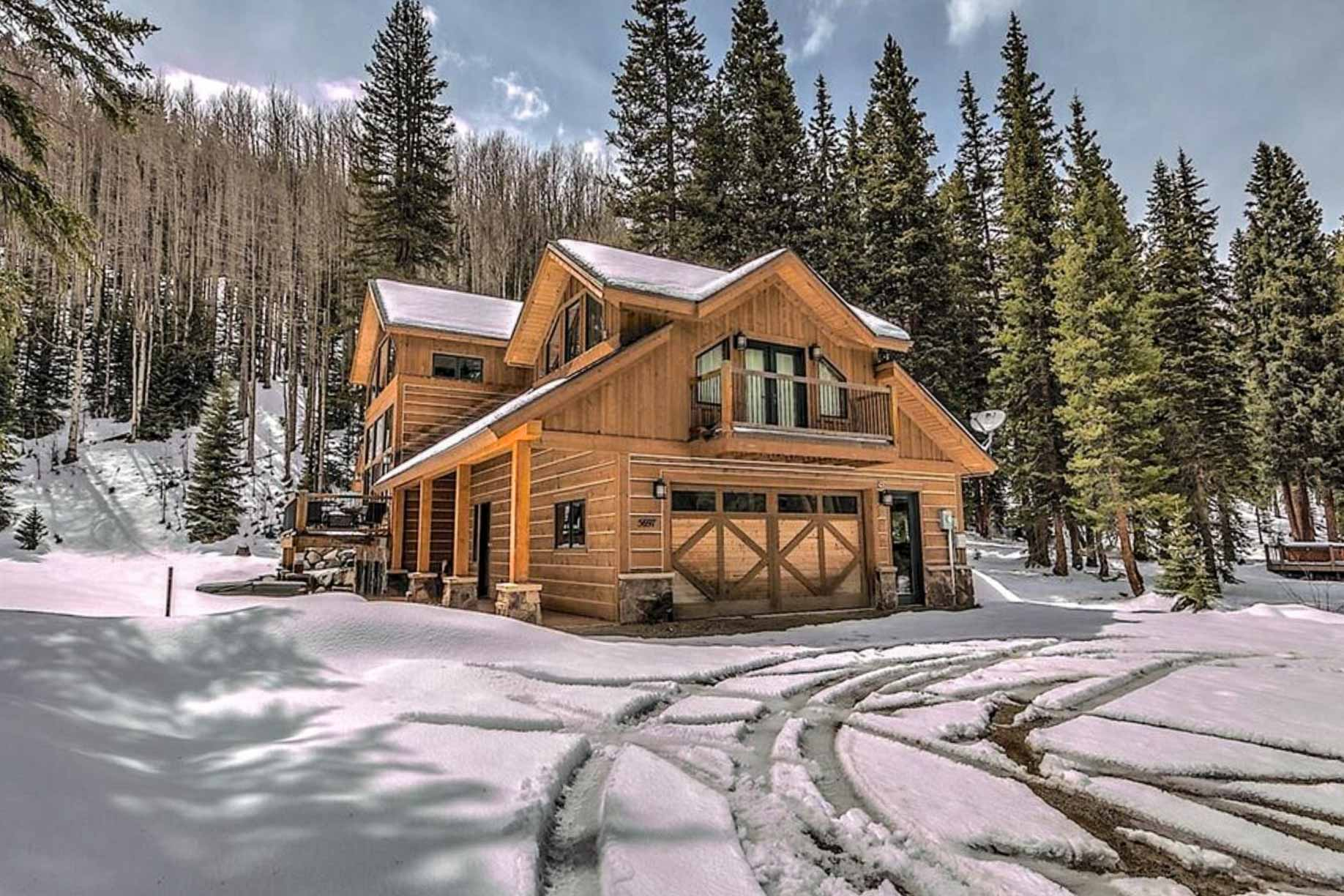 When the snow falls, this property transforms into a winter wonderland!