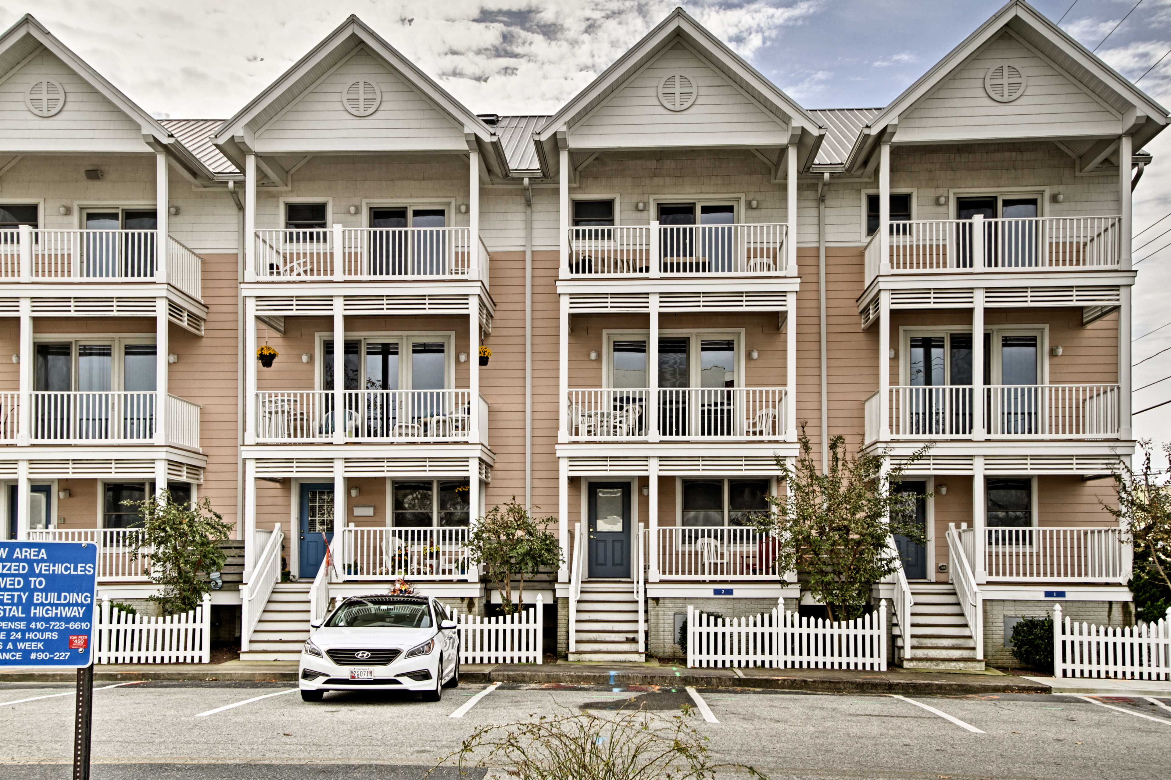 This townhome has 4 bedrooms, 3.5 baths & 3 balconies with ocean and bay views.