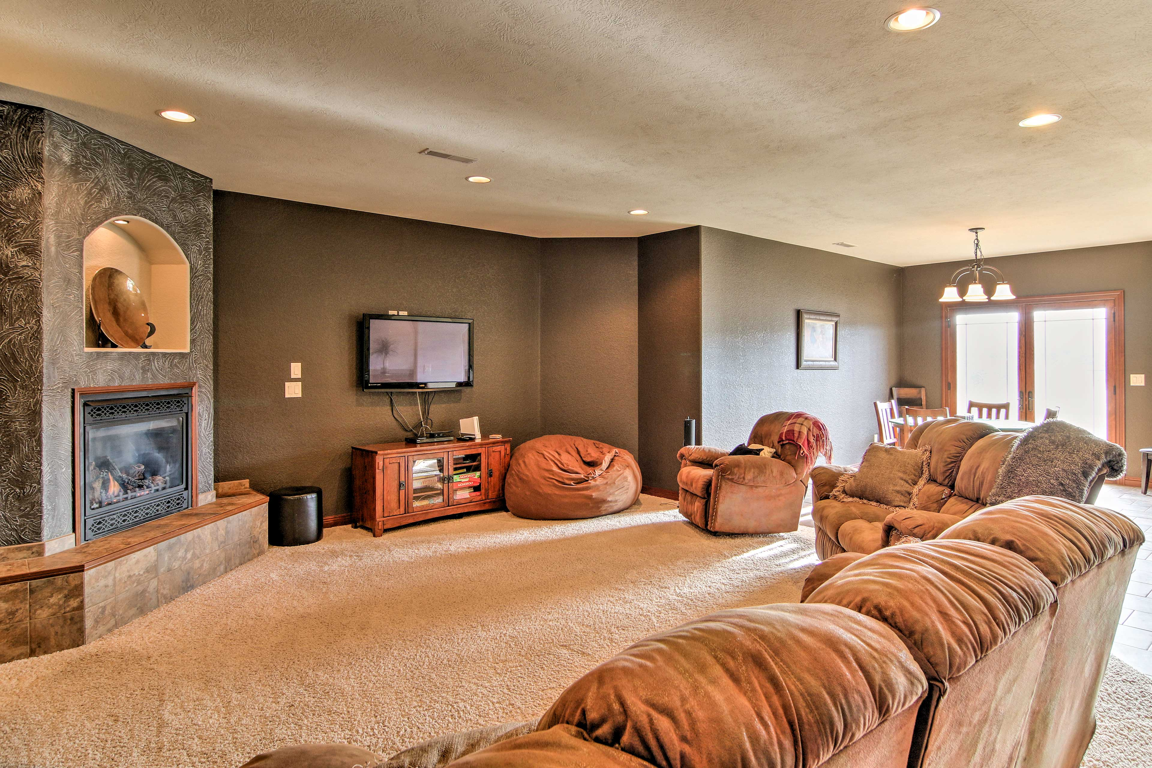 Spread out and unwind on the plush recliners.