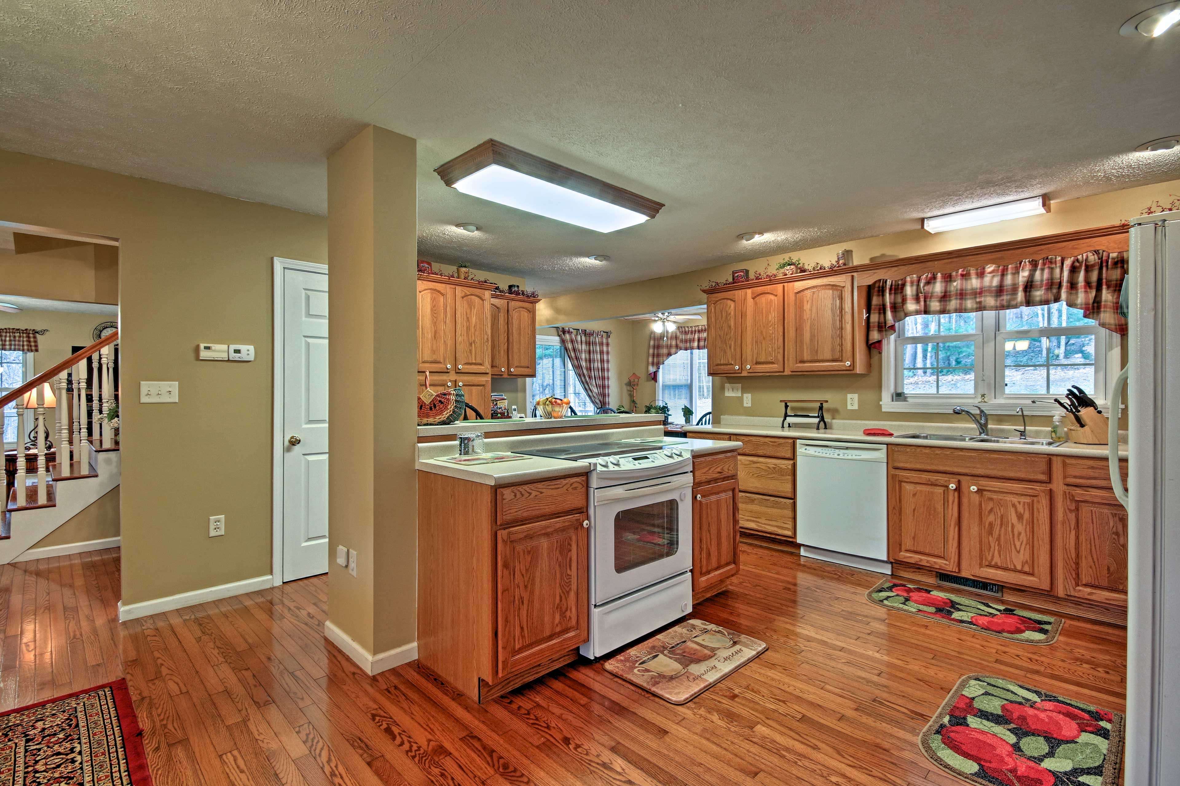 This kitchen comes fully equipped to handle all your favorite recipes.