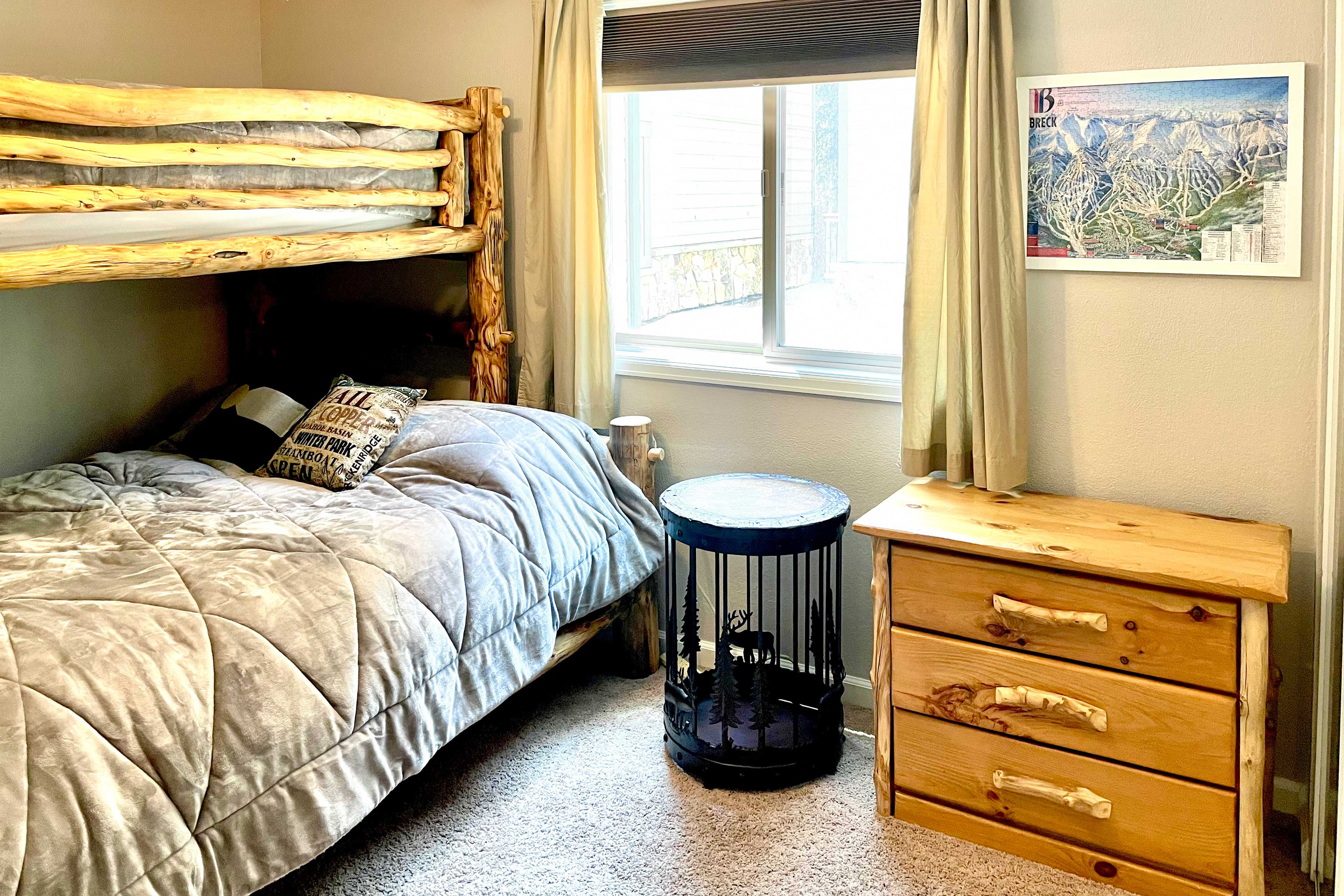 Bedroom   Bunk Bed   Linens Provided