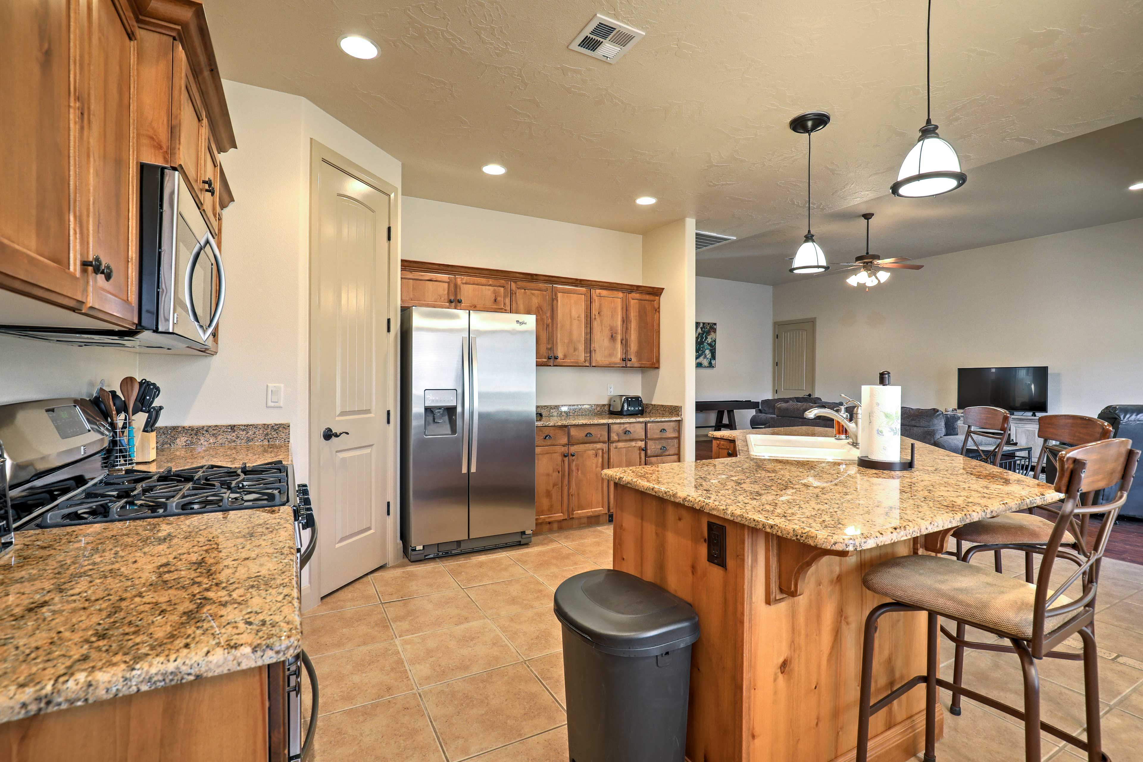 There's plenty of counter space in the kitchen!