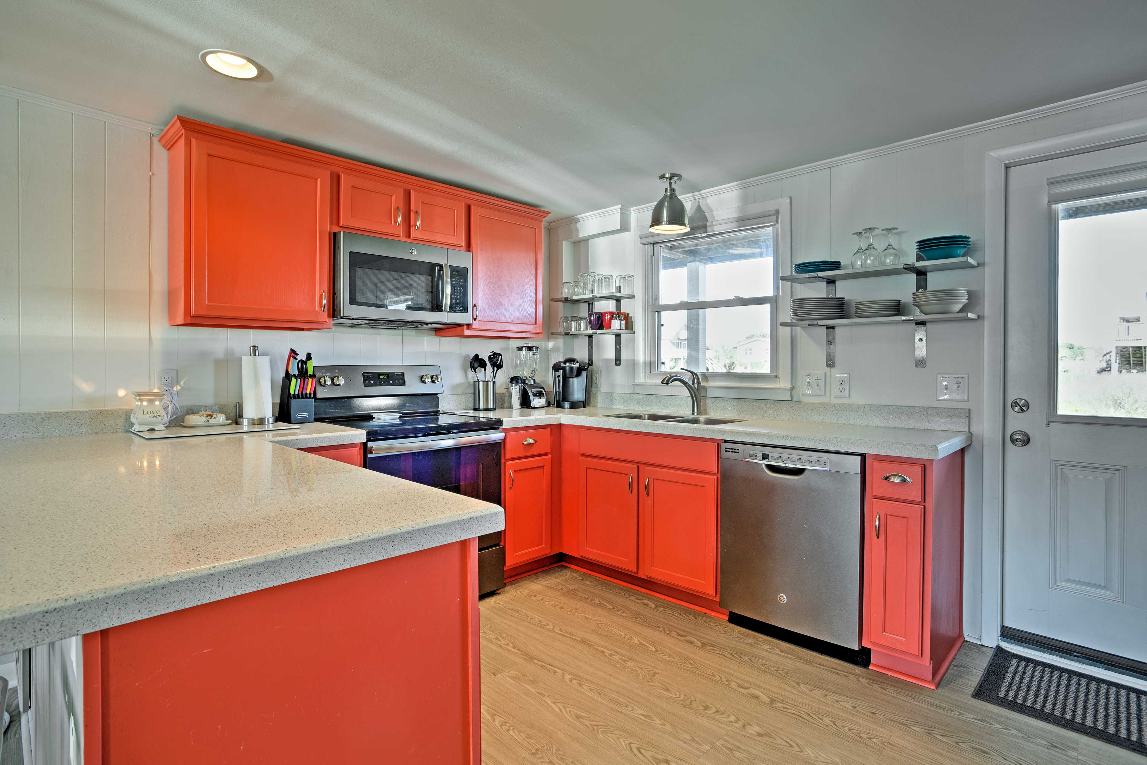 This kitchen comes fully equipped with everything you'll need to prepare meals.