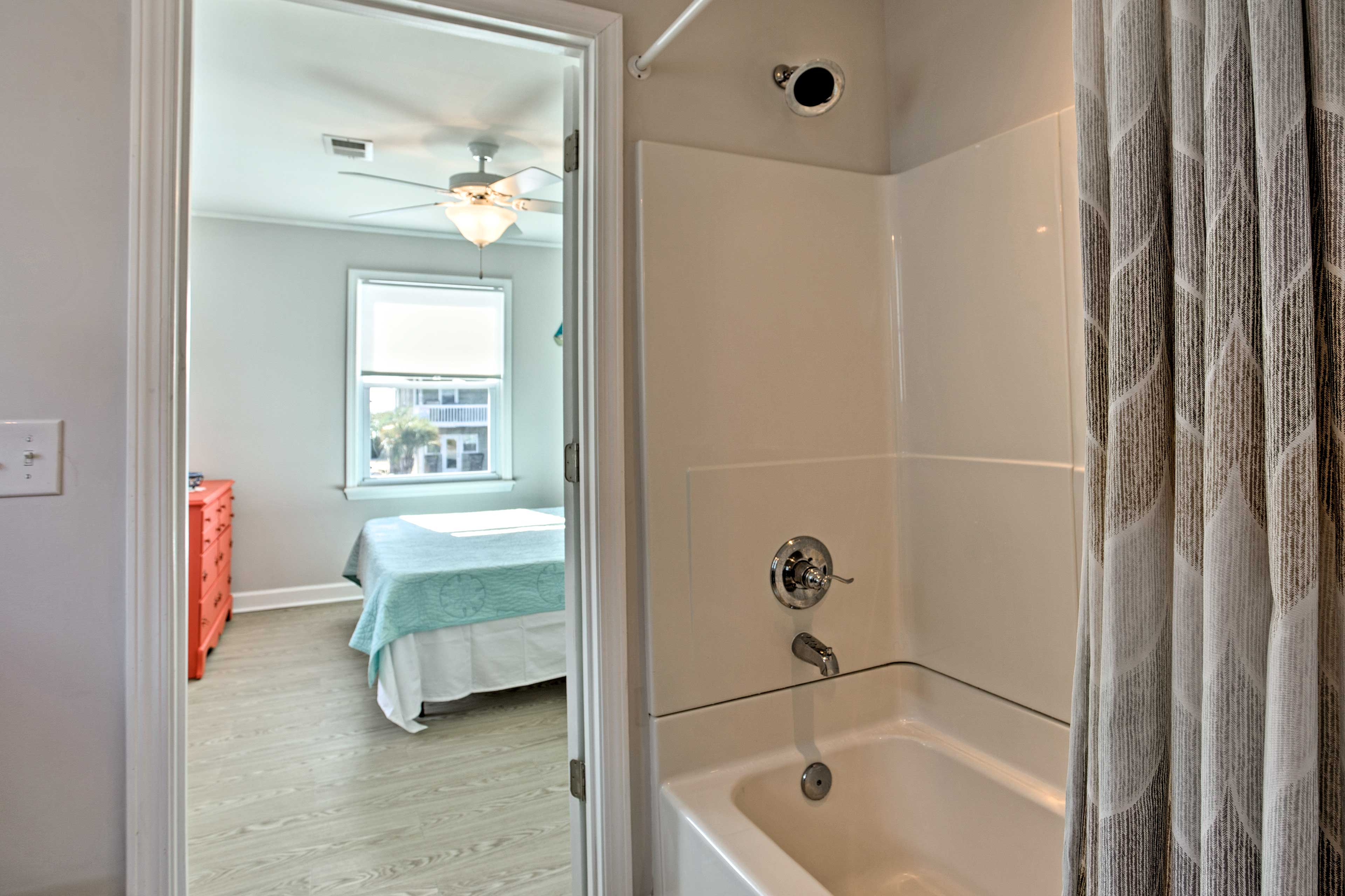 Enjoy a long soak in the tub or a quick rinse in the shower.