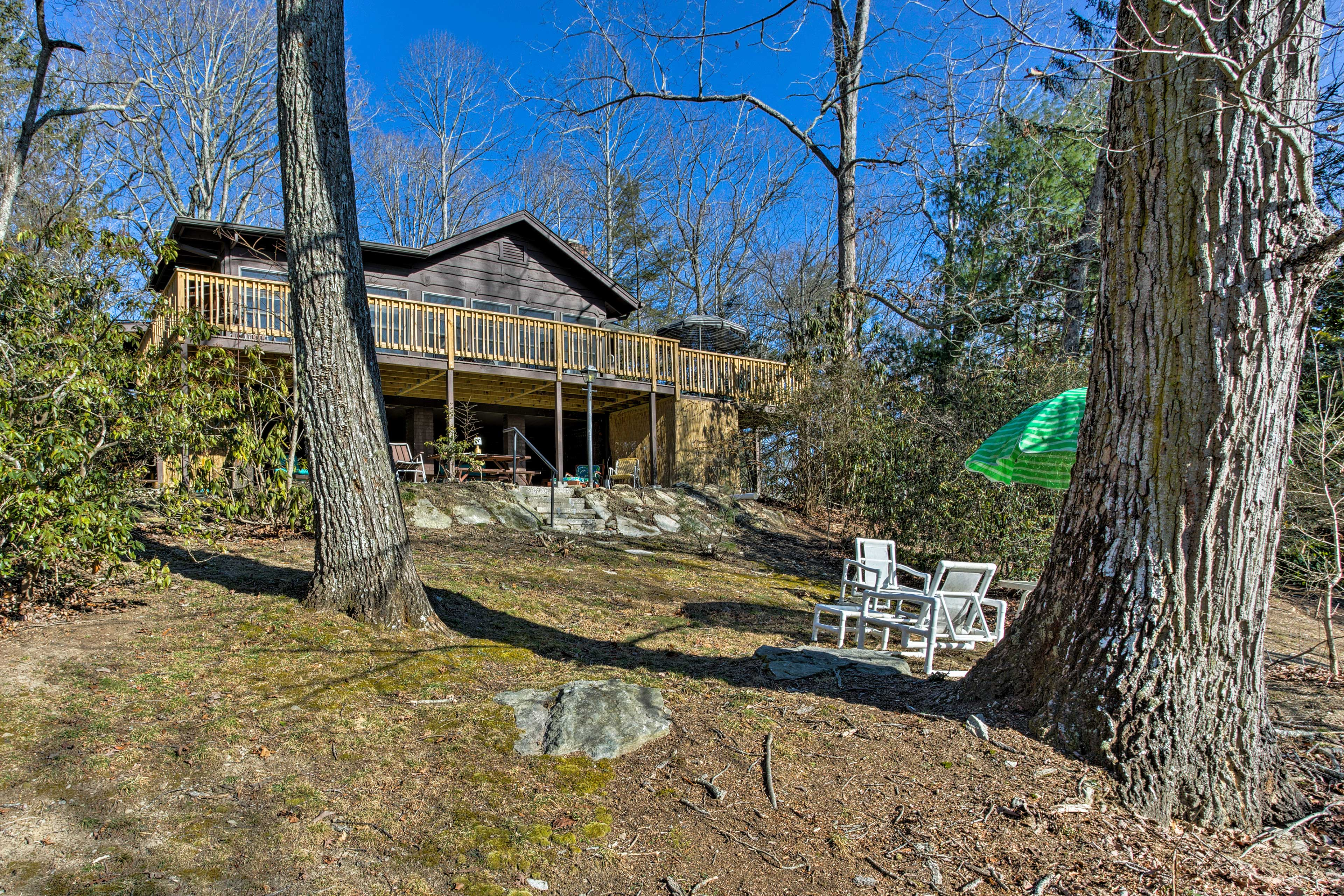 Find the best of the Blue Ridge Mountains at this vacation rental cabin!