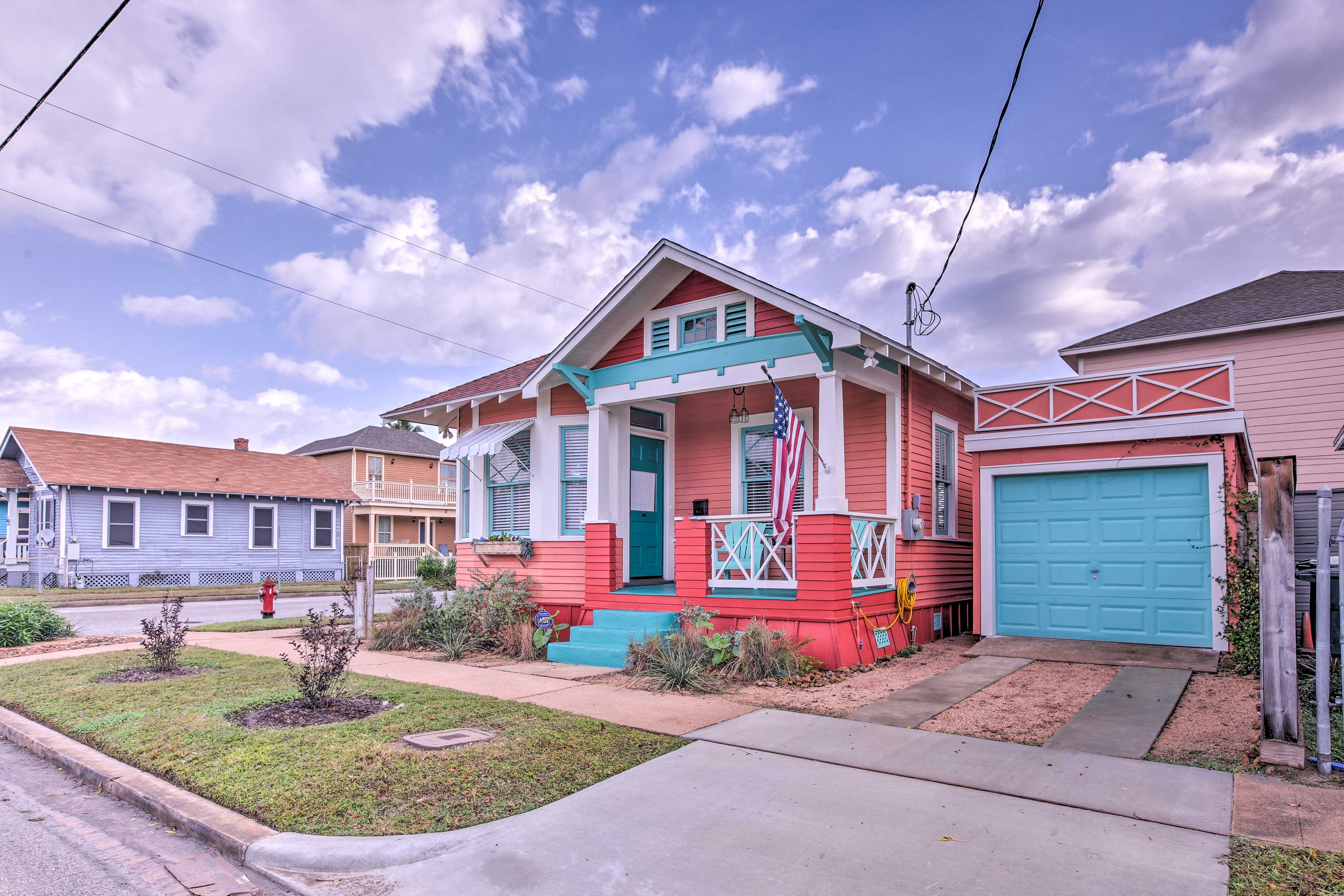 Enjoy a fun-filled beach vacation with loved ones at this home in Galveston!