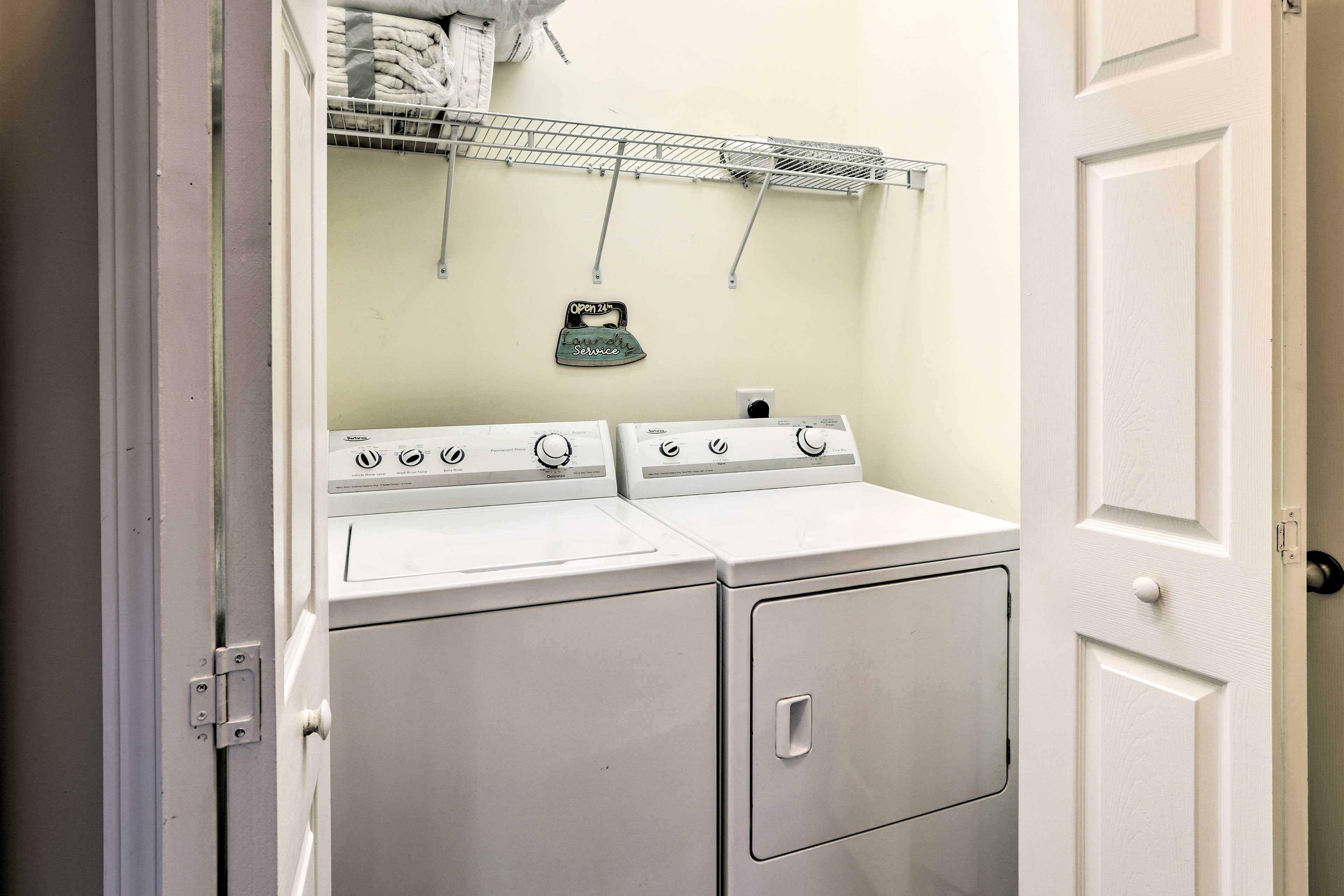 Throw your dirty duds in the convenient in-unit laundry machines.