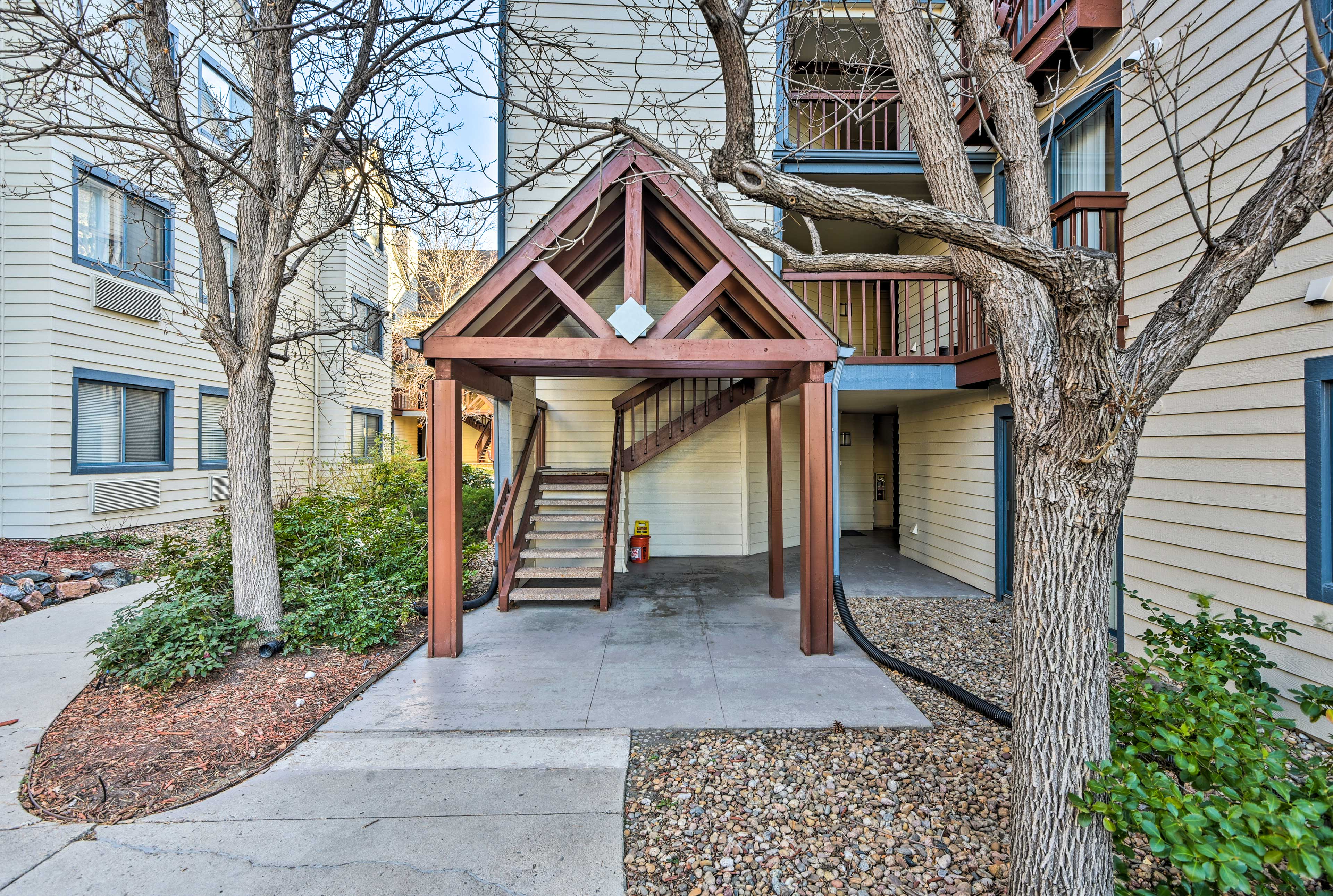 This home is minutes away from restaurants, shops, and the light rail to Denver!