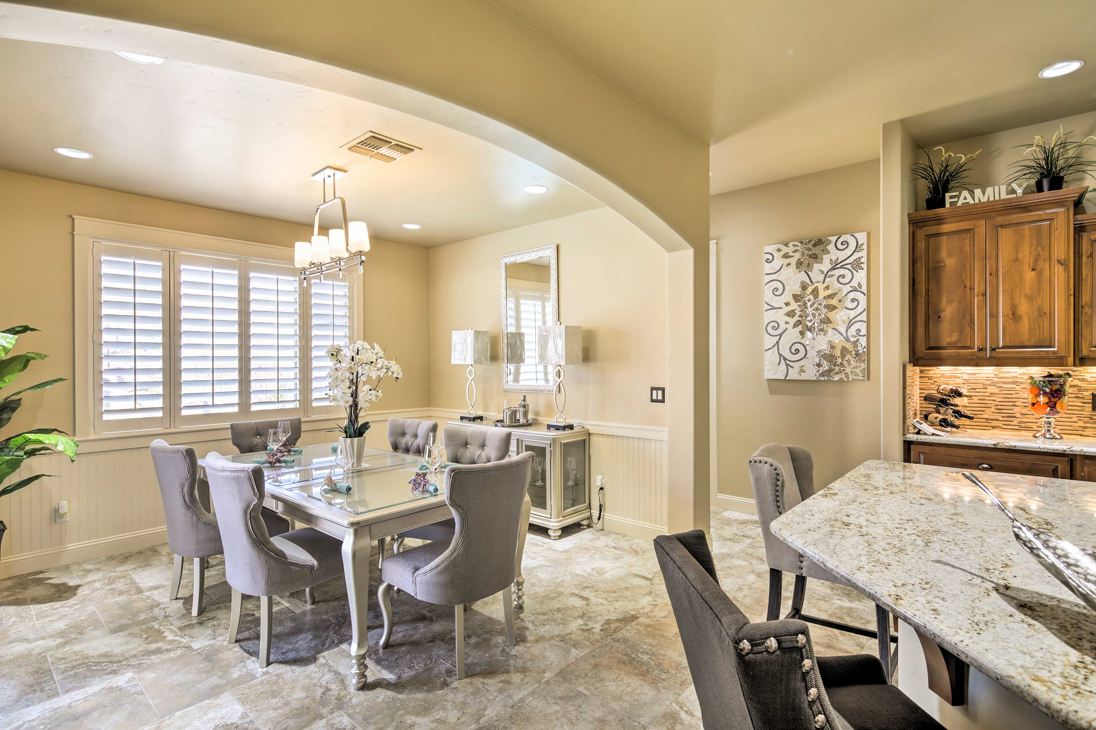 Share a home-cooked meal around this 6-person dining table.