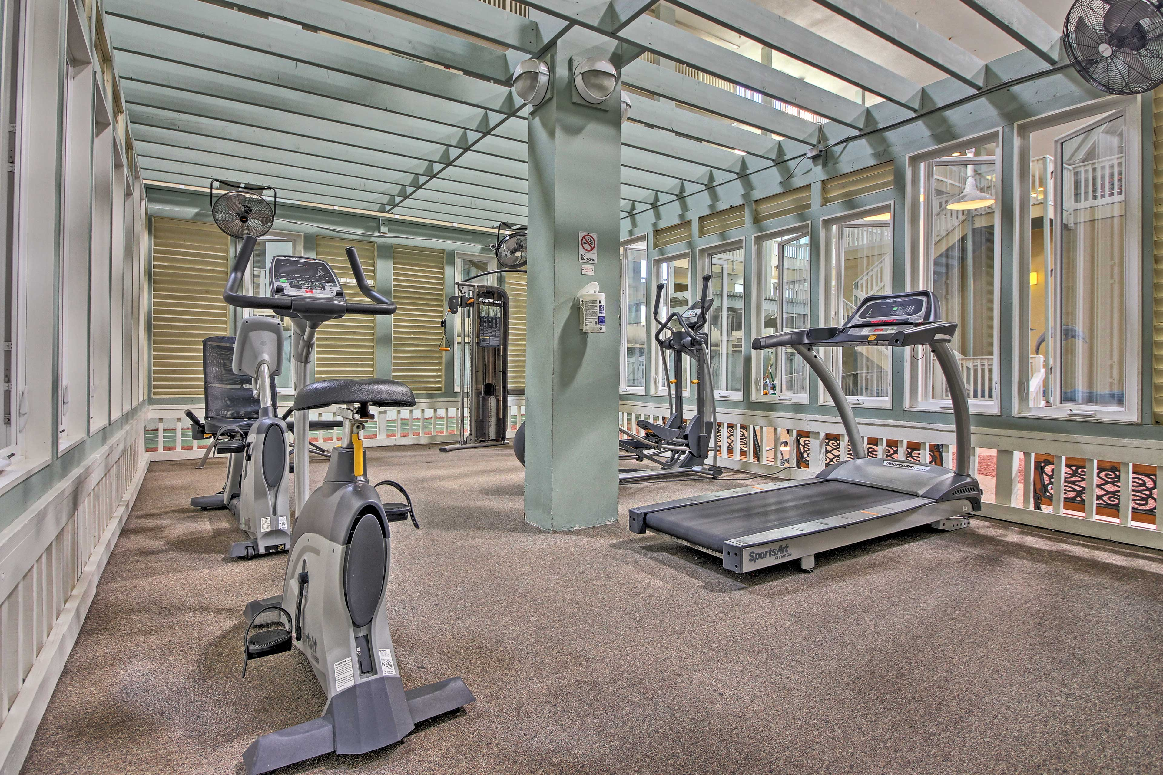 Gym junkies can utilize the fitness center found on site.