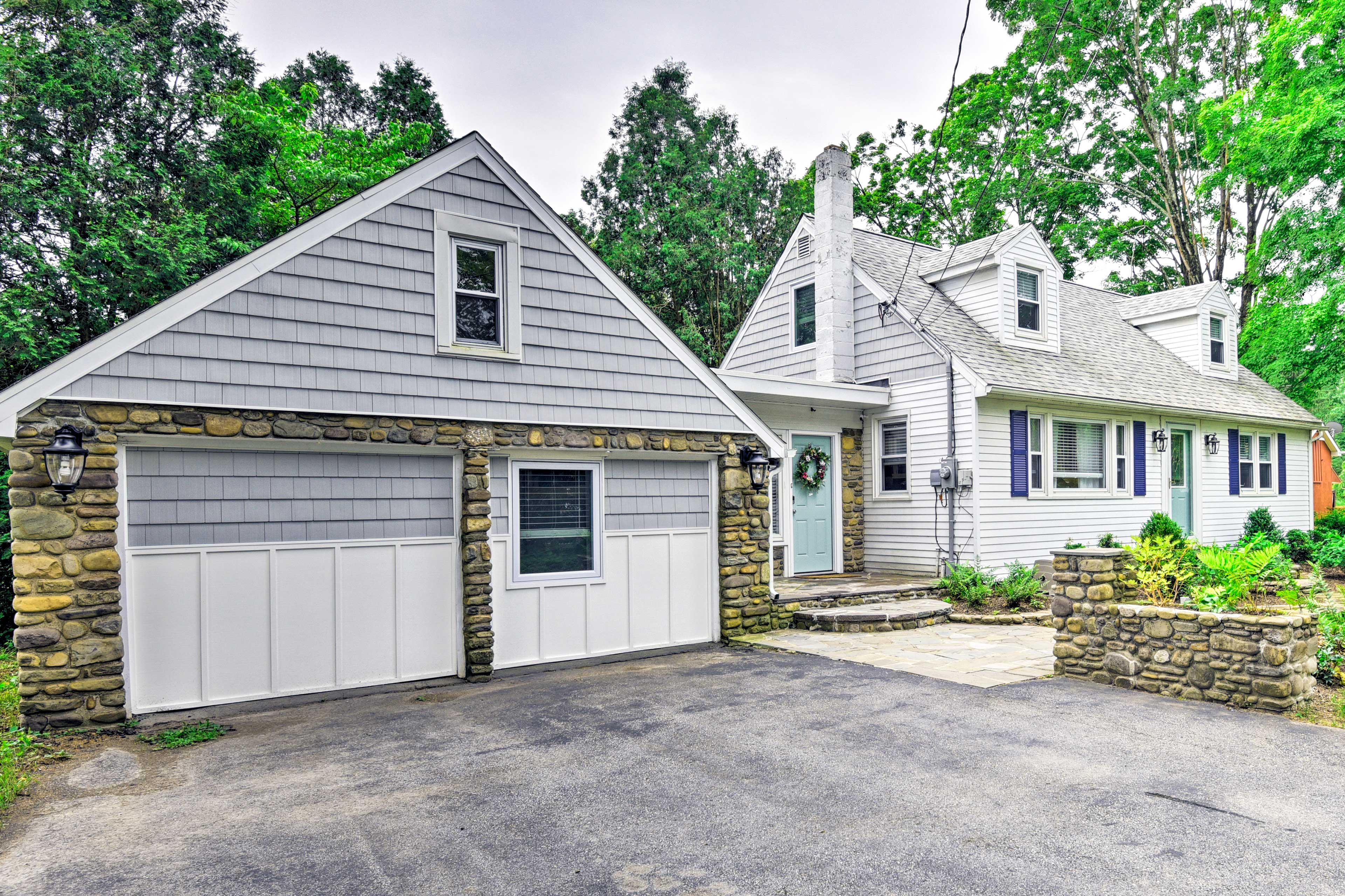 For the ultimate Pennsylvania getaway, book this charming vacation rental home!