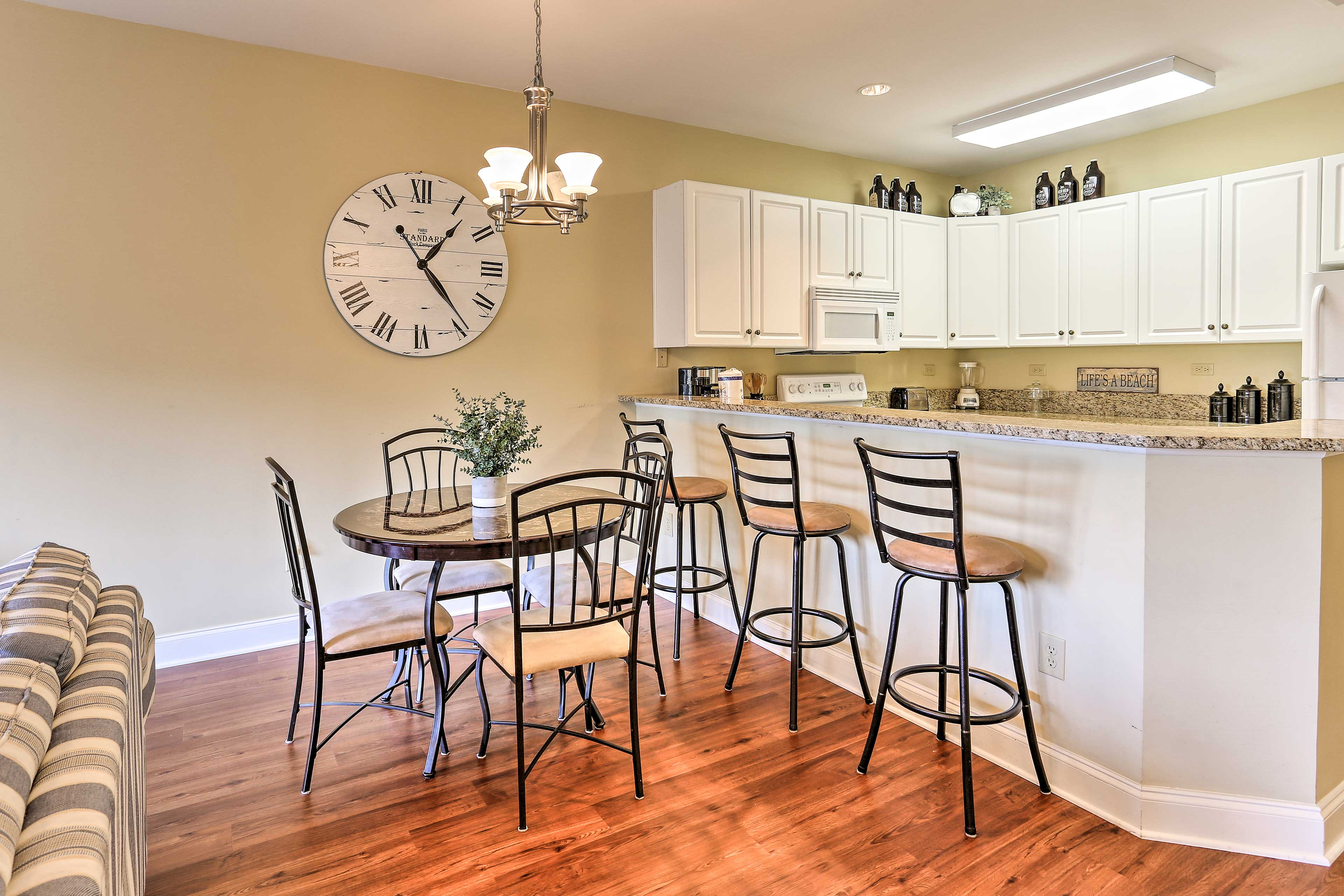 Enjoy home-cooked meals at the bar-style table with seating for 4.