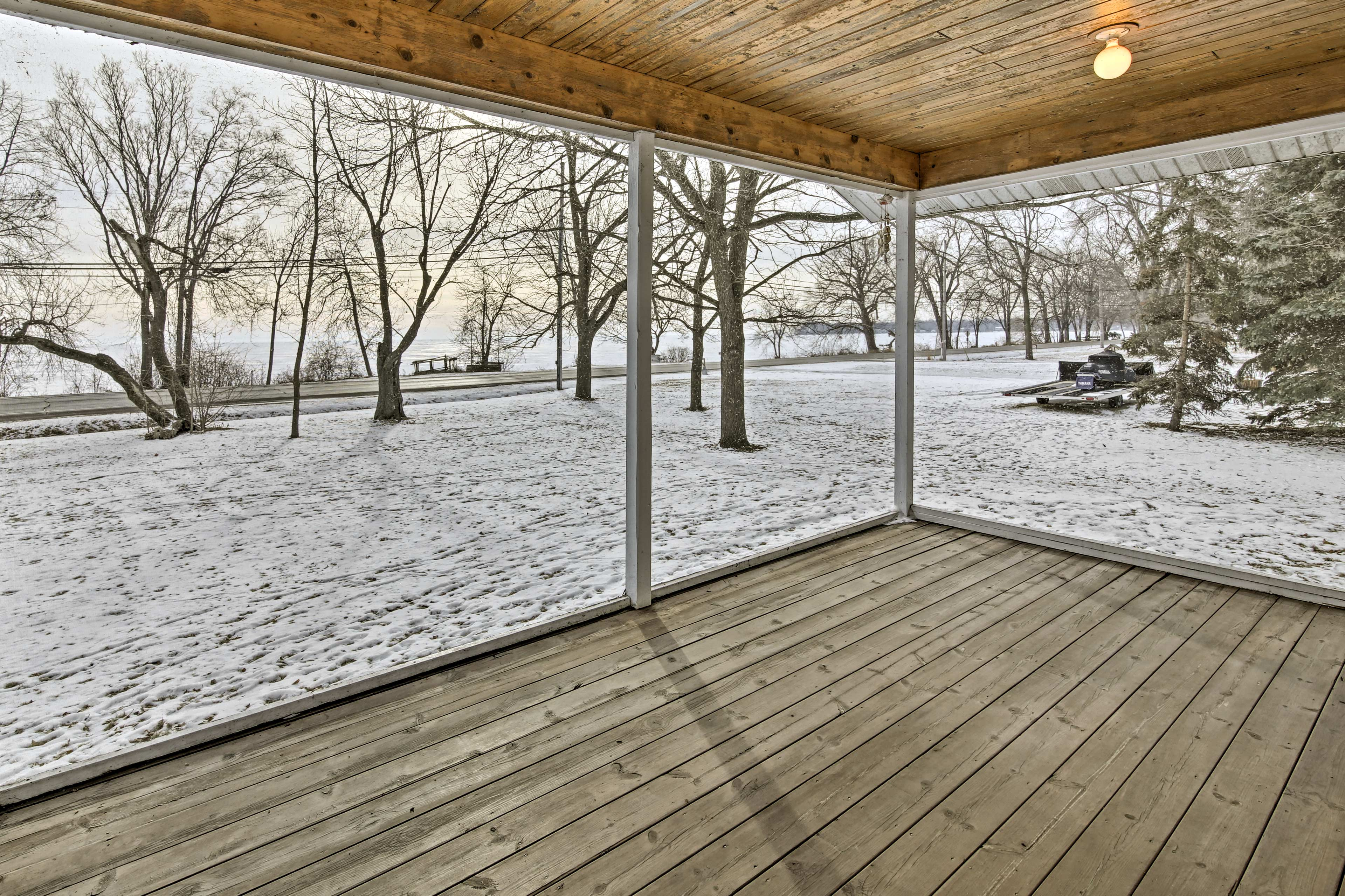 Sitting on 1 acre of  land, this property will treat you to peace and privacy.