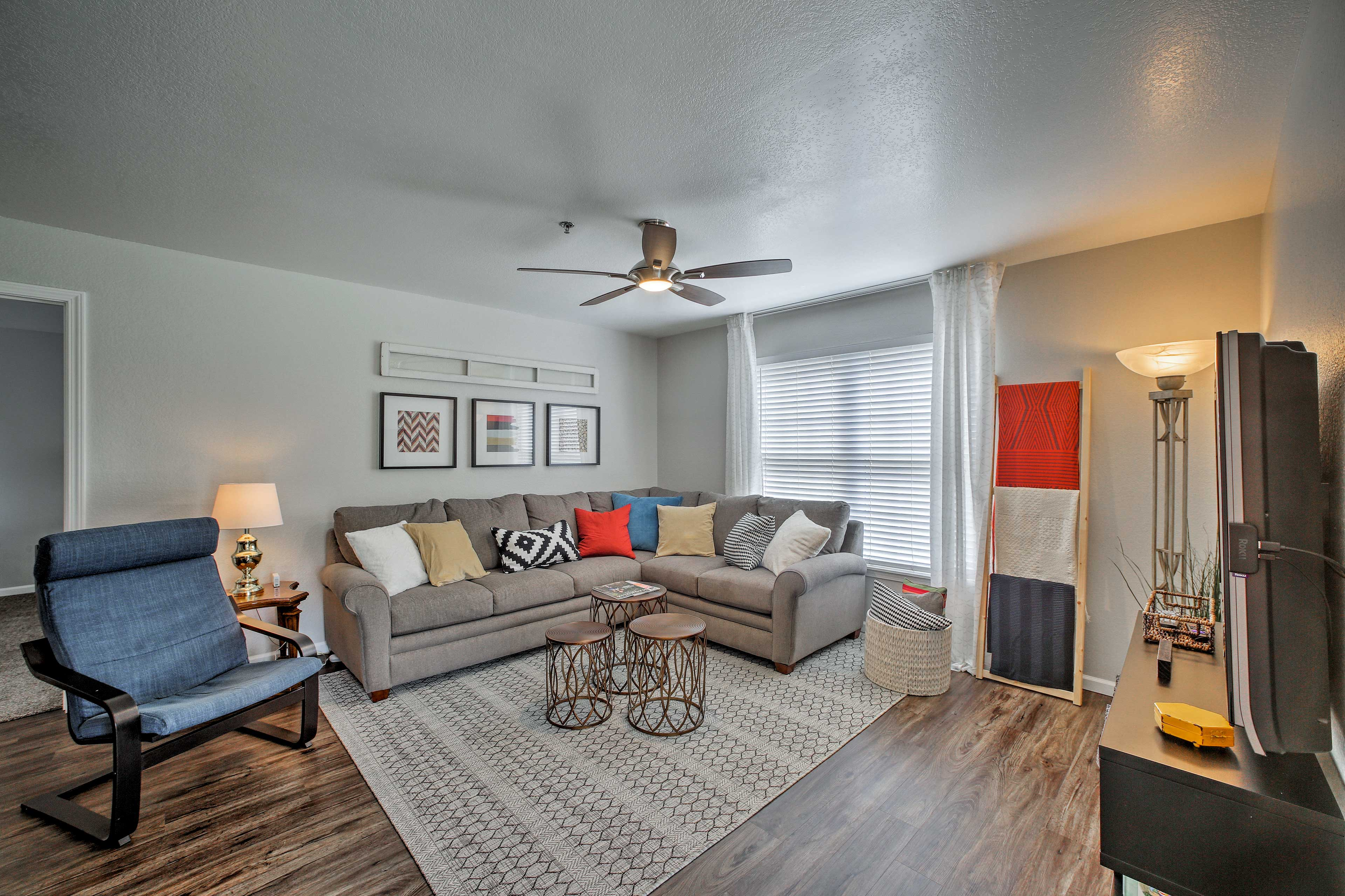 All the comforts of home are available in this contemporary condo!