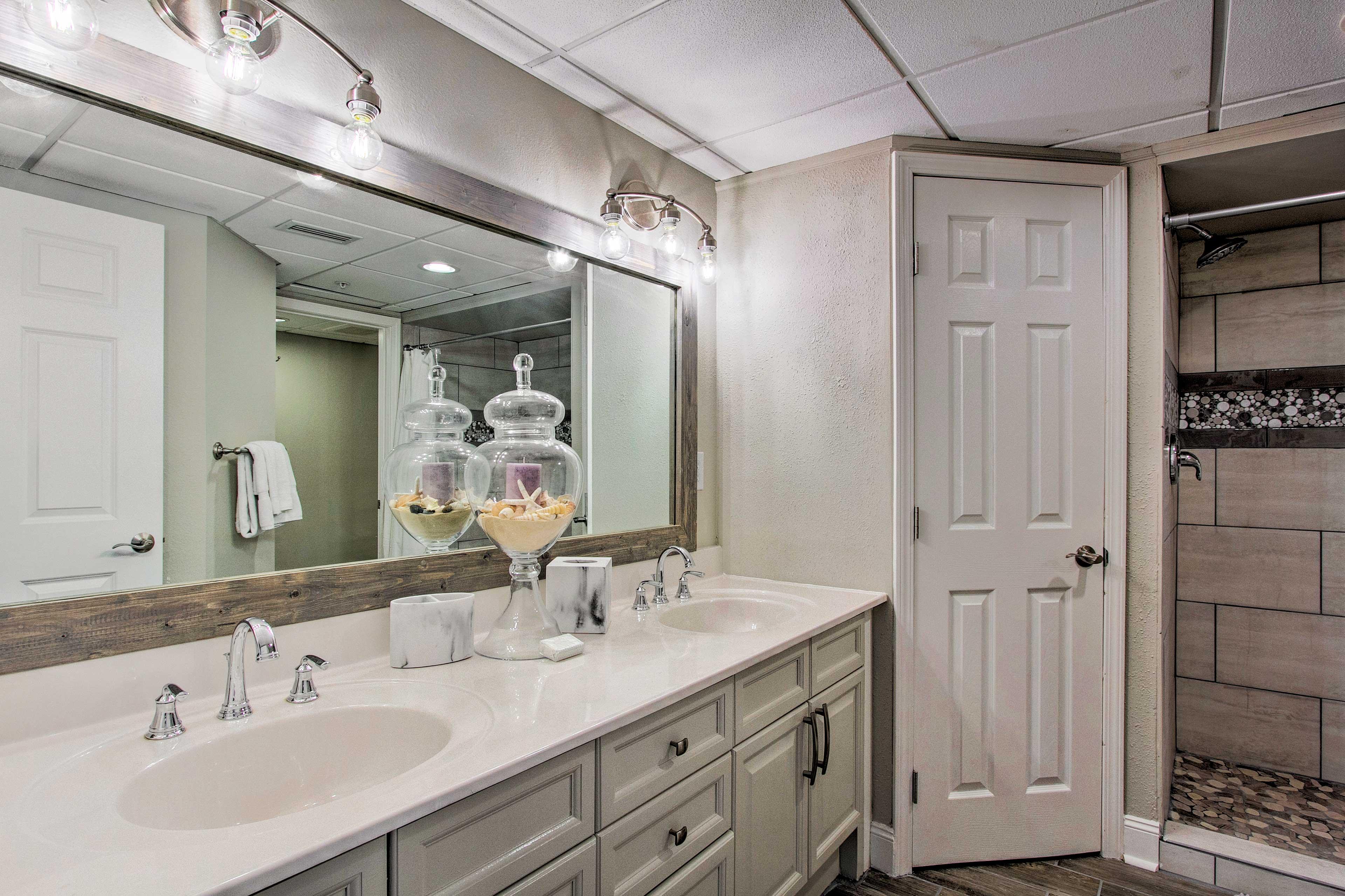 This master bath epitomizes luxury!