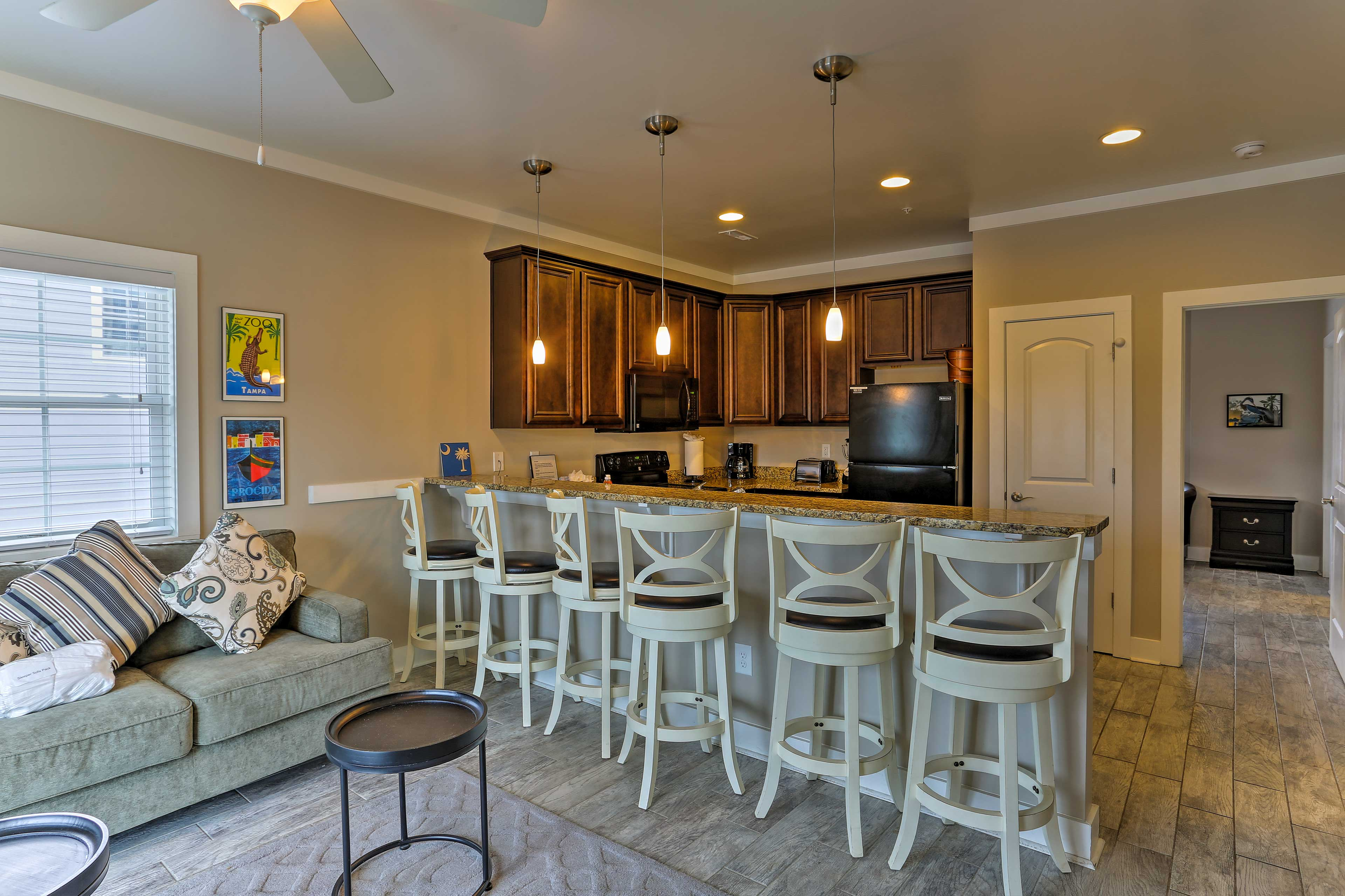 Snack and sip at the generous 6-person kitchen bar!