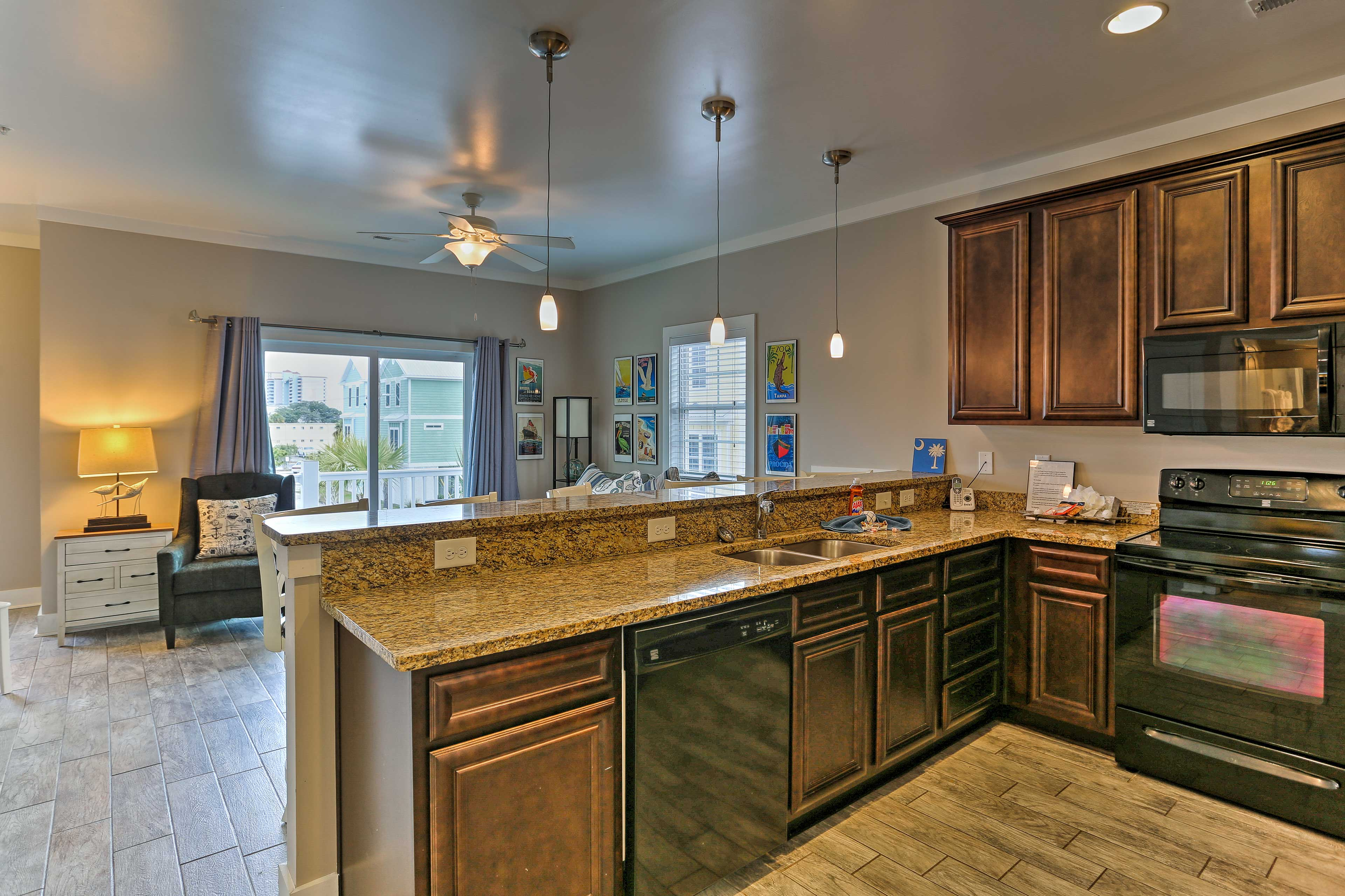 Prepare homemade feasts in the fully equipped kitchen!