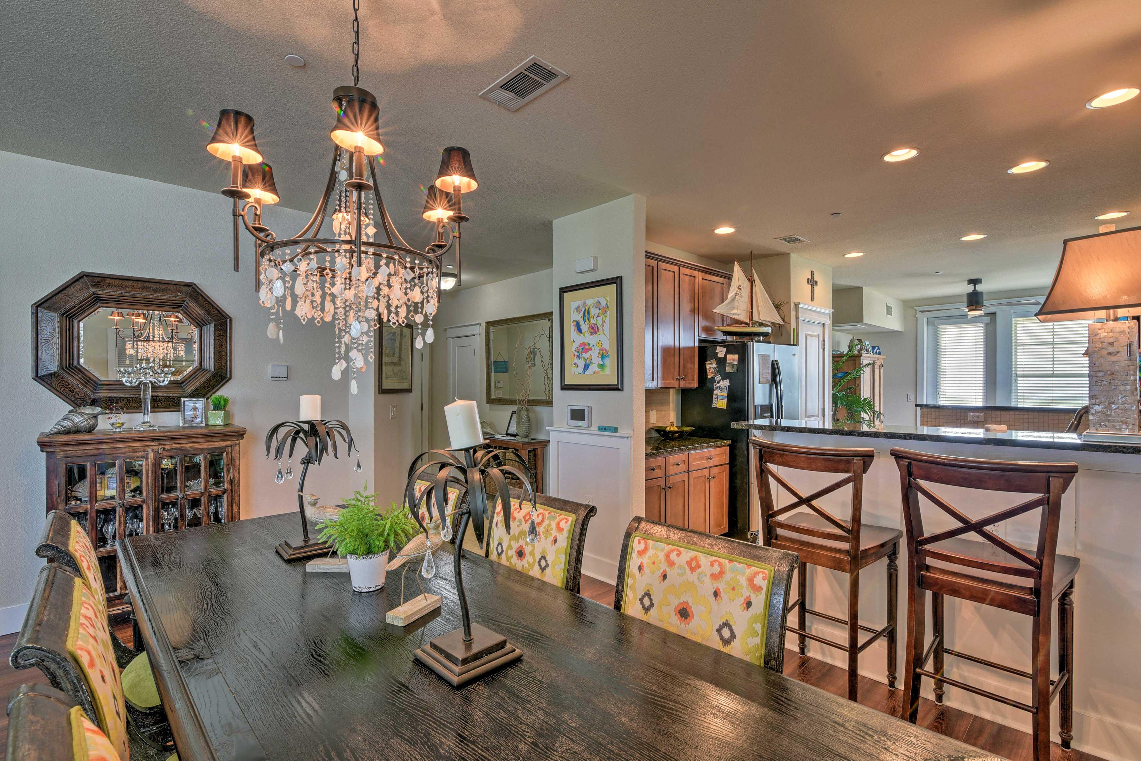An open floor concept makes it easy to entertain!