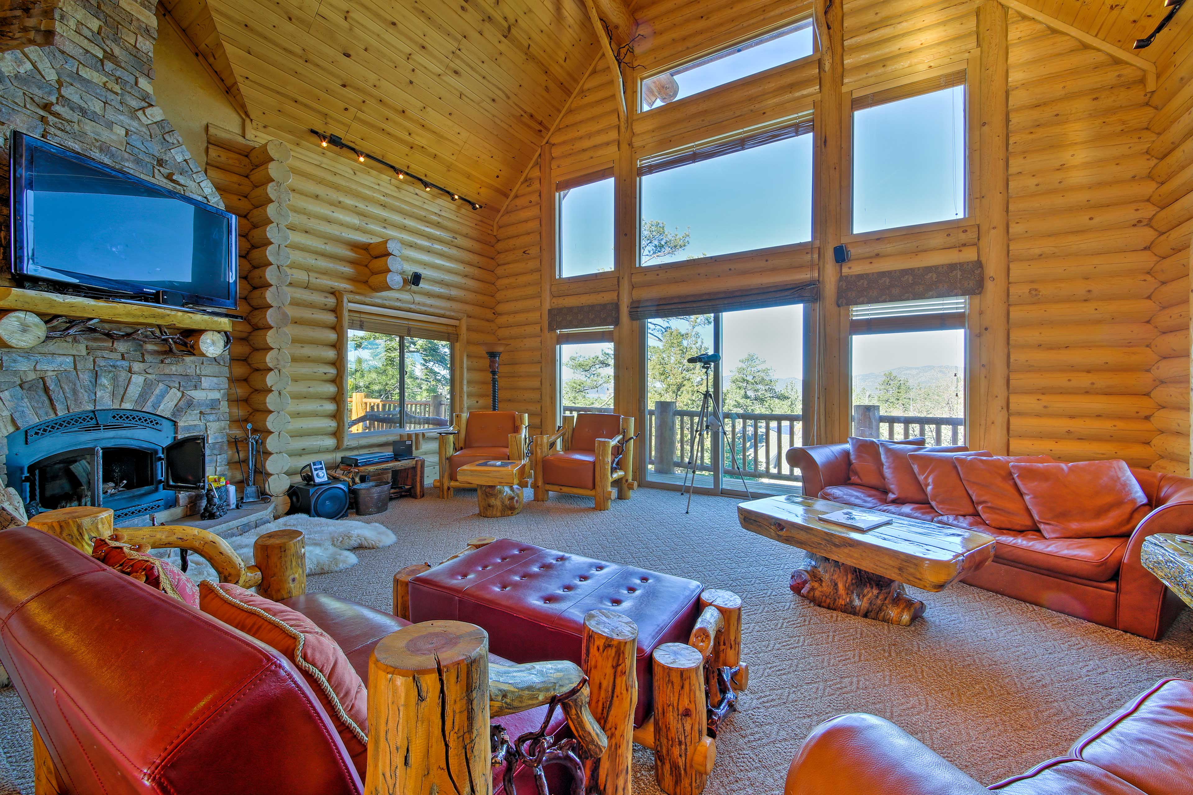 Stay at this vacation rental house in Big Bear Lake for a mountainside retreat!