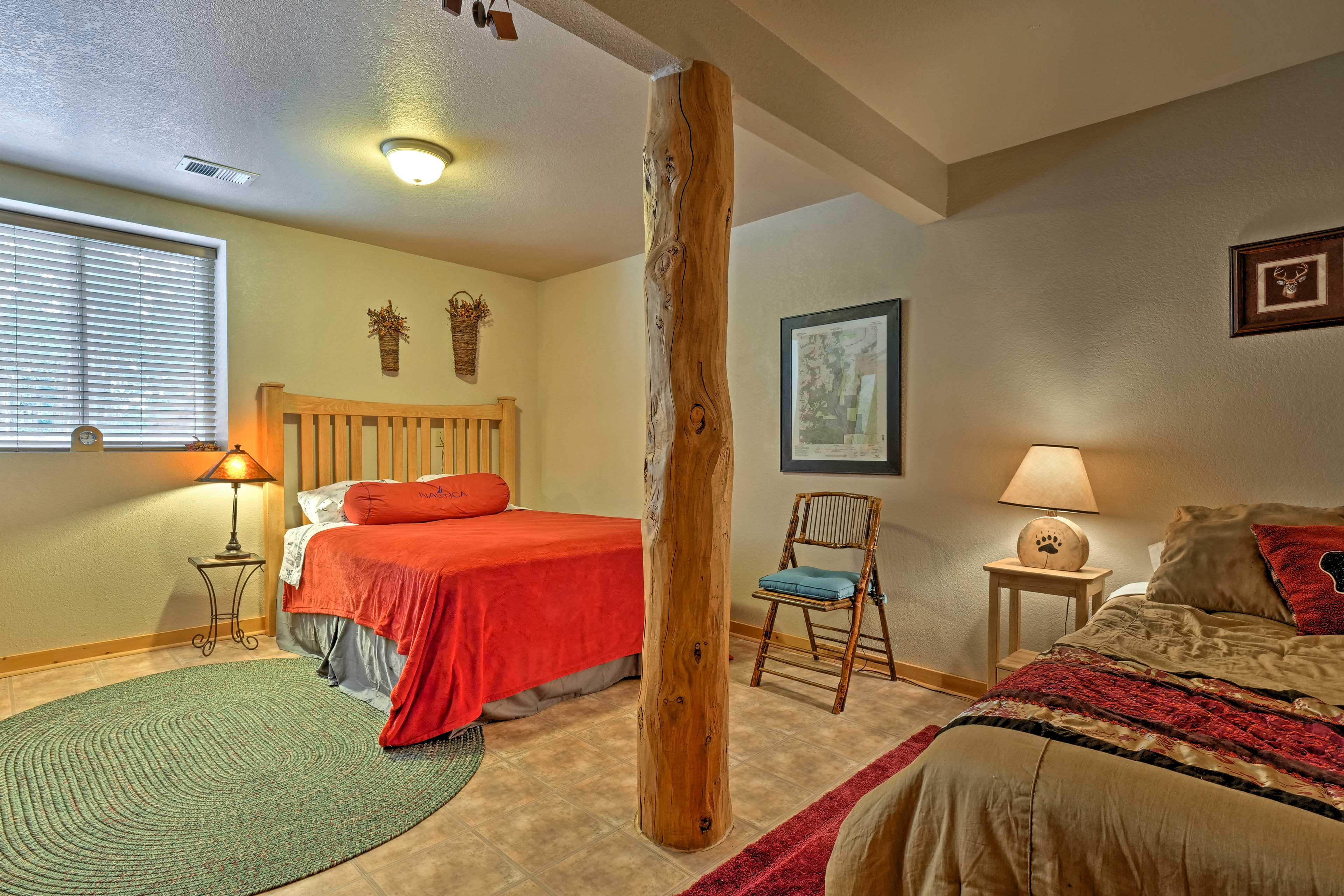 Enjoy peaceful slumbers on a queen bed or twin bed in the second bedroom.