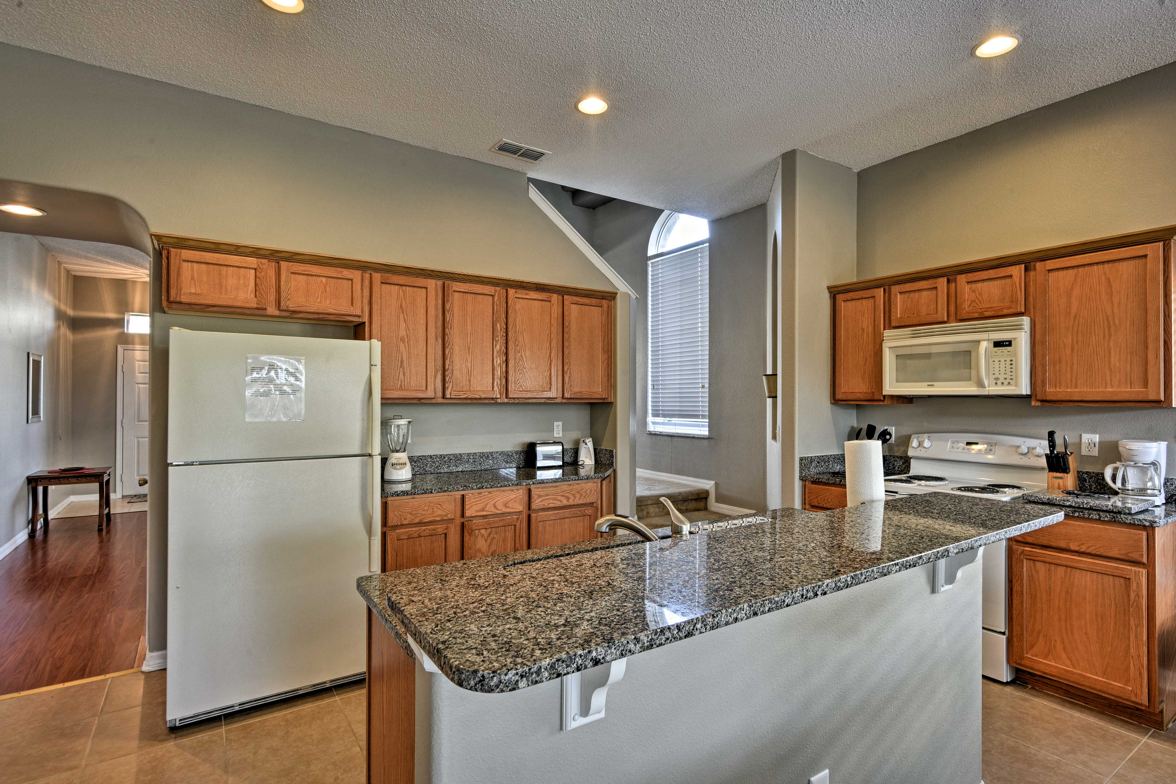 Cooking for 10 is effortless in this fully equipped kitchen.