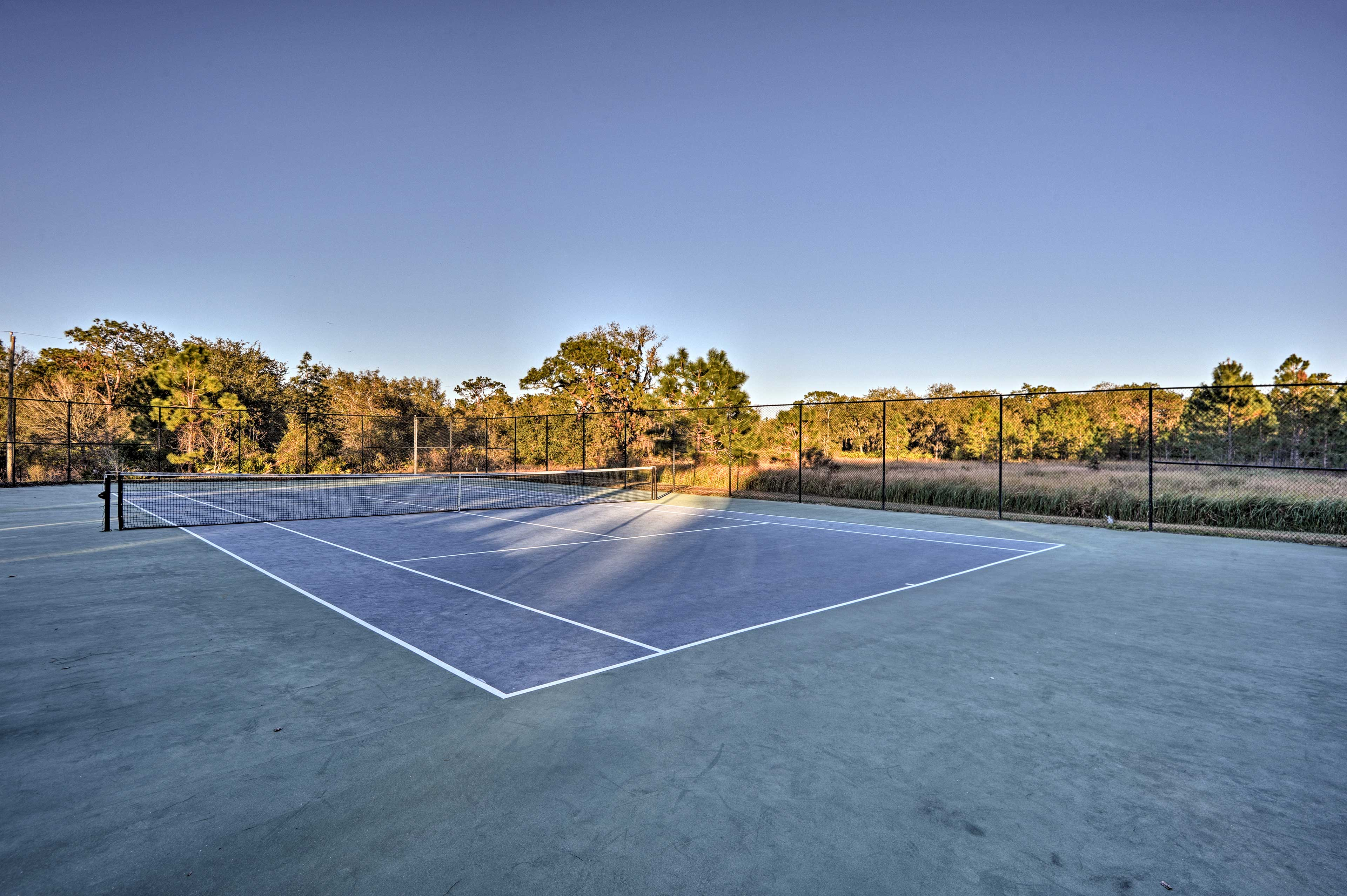 Pick teams for a tennis tournament!