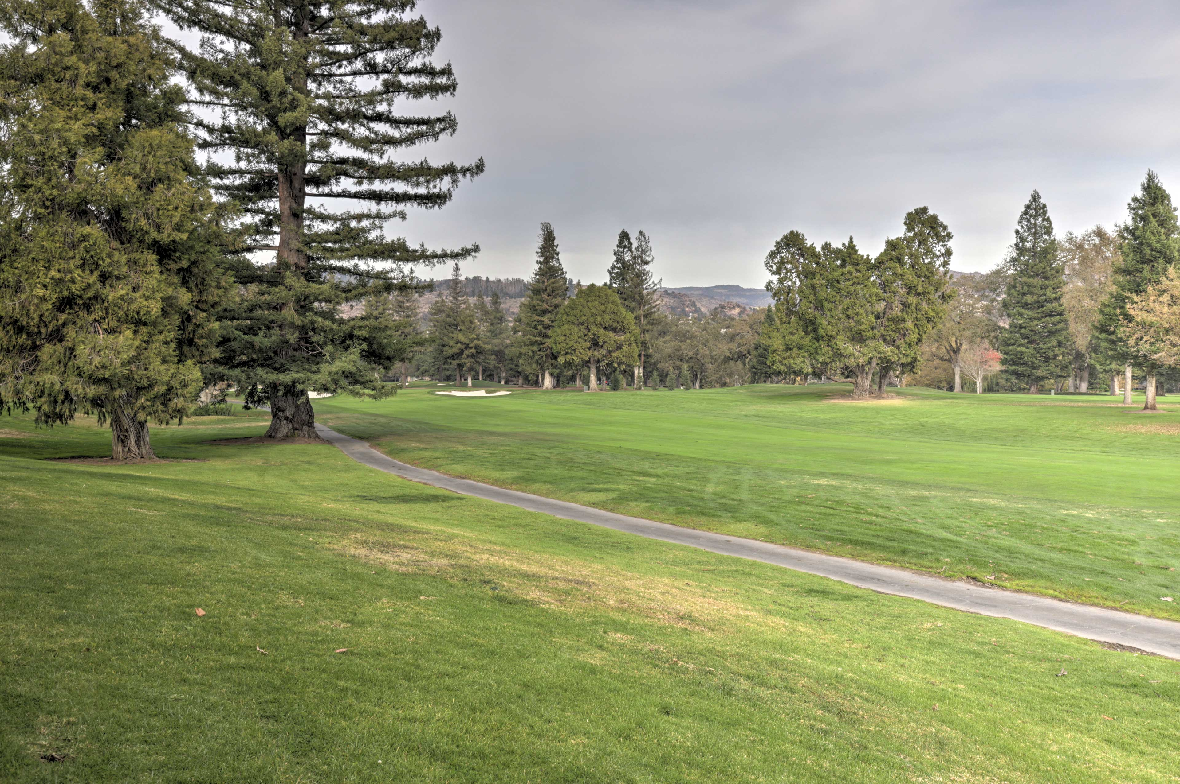 This condo places you minutes from wineries and downtown Napa!
