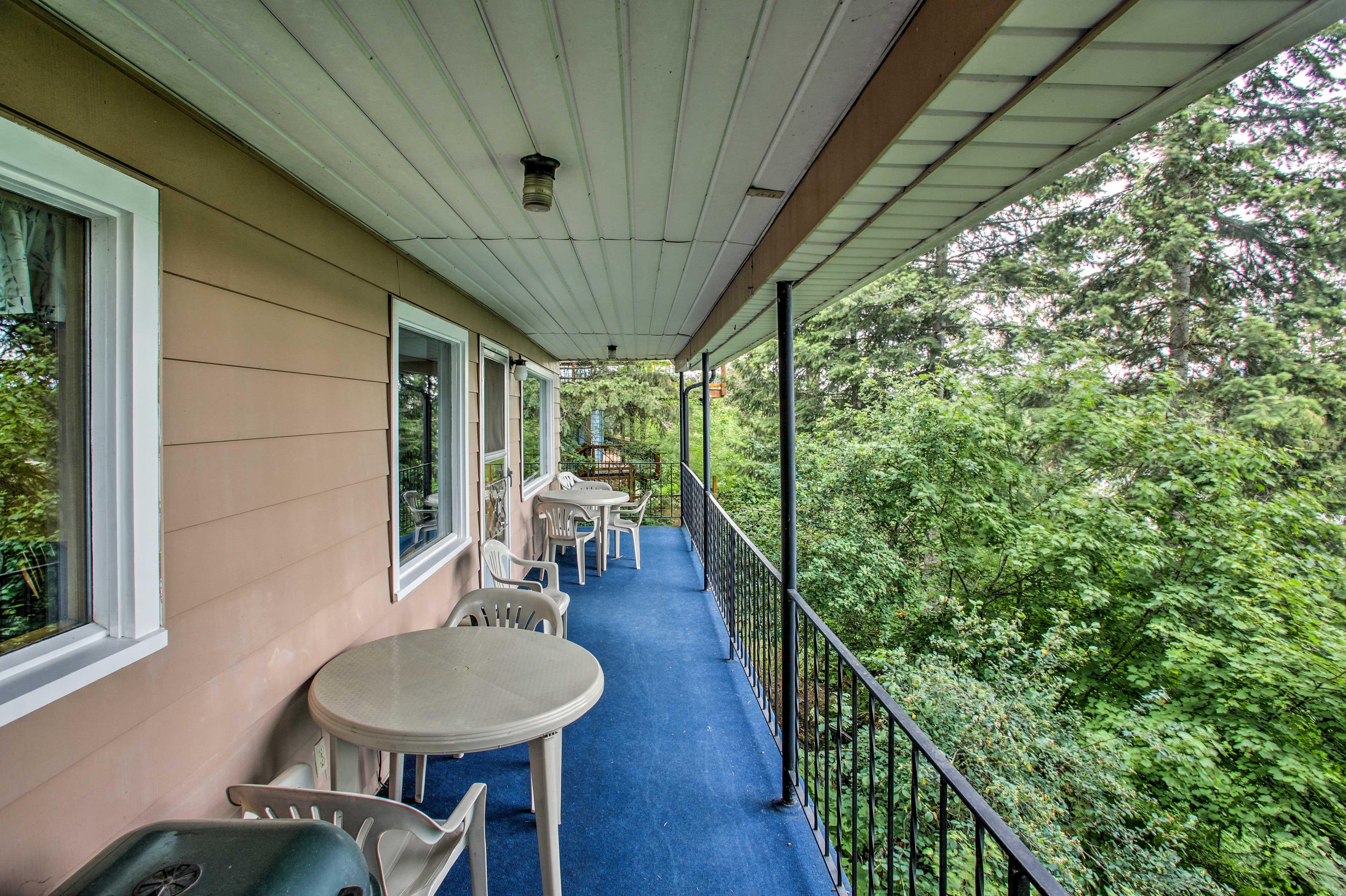 Both decks offer fantastic lake views.