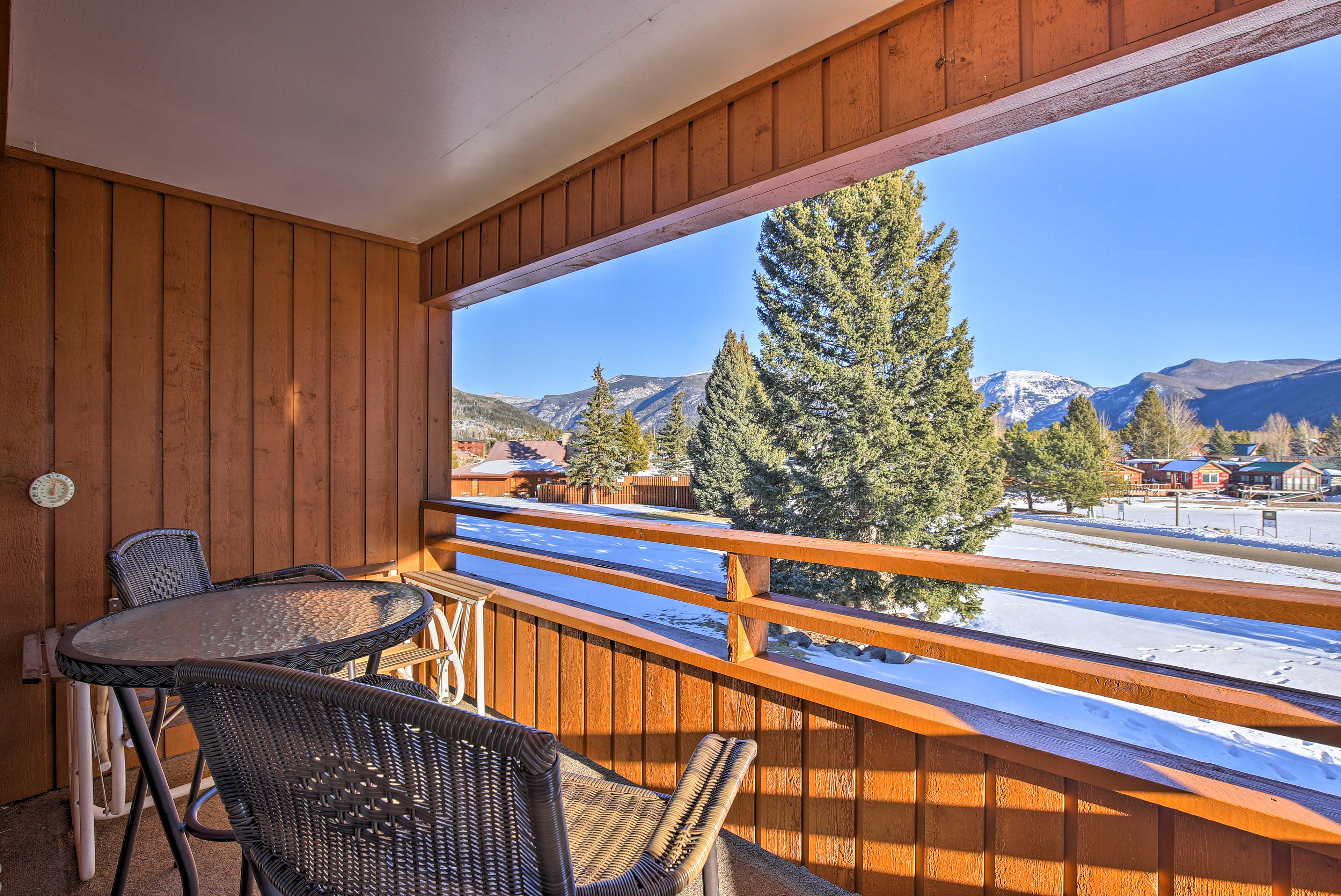 Spring skiing awaits you at Granby Ranch just a 30-minute drive away!