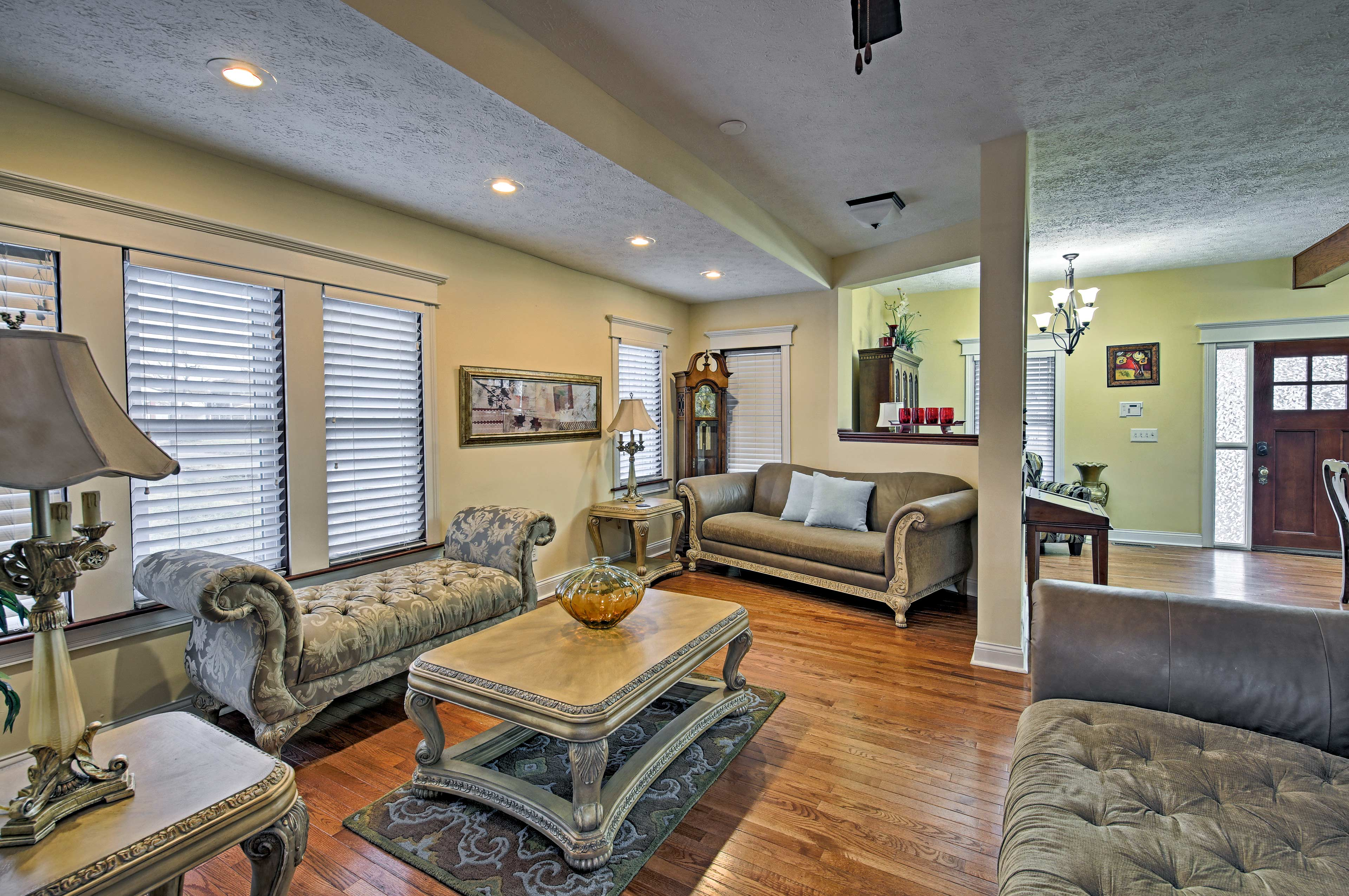 With plenty of furniture, there's room for everyone to spread out and unwind.