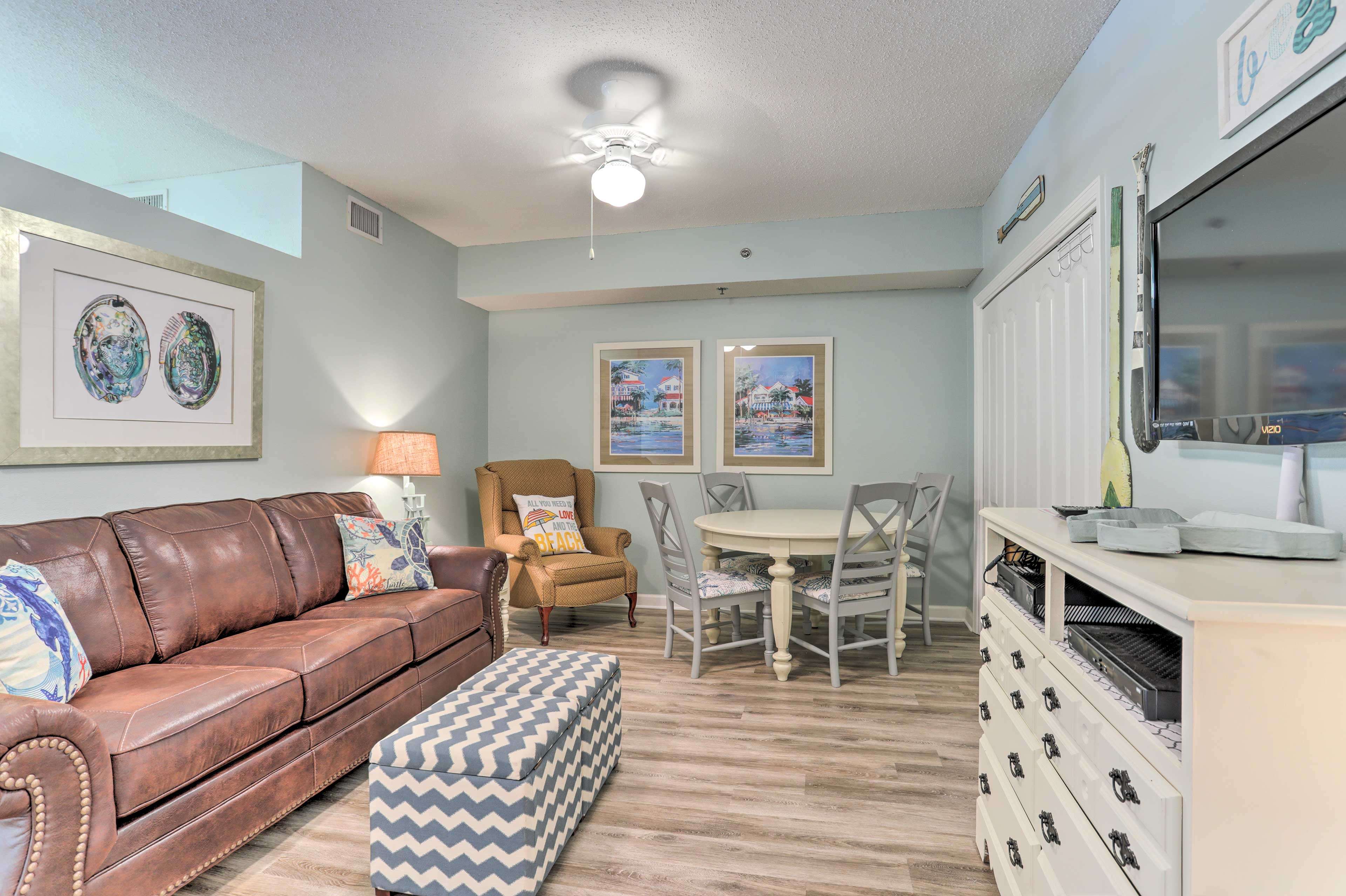An additional 'bonus room' is featured in this condo as well.