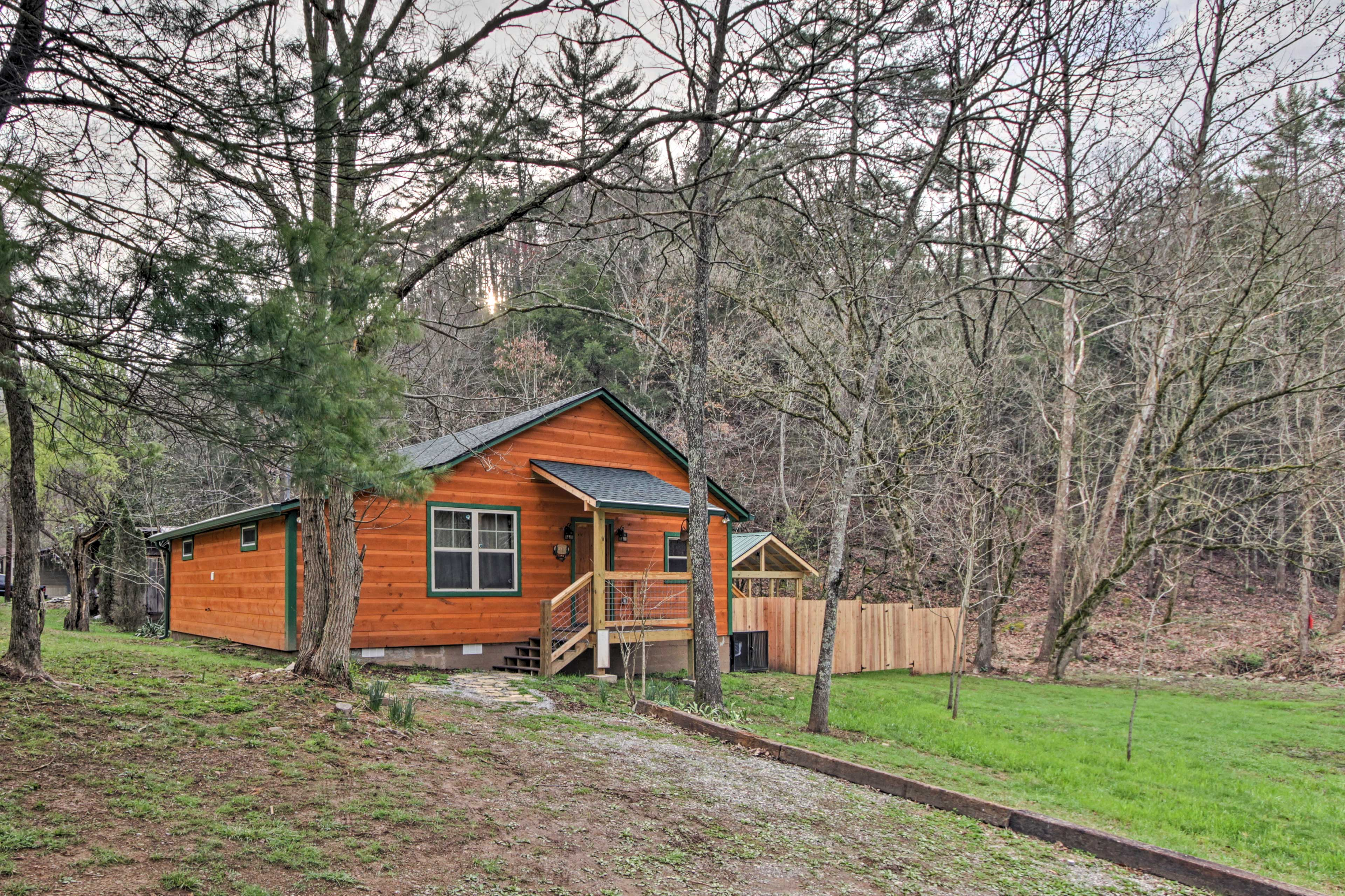 Welcome to your Great Smoky Mountains home-away-from-home!