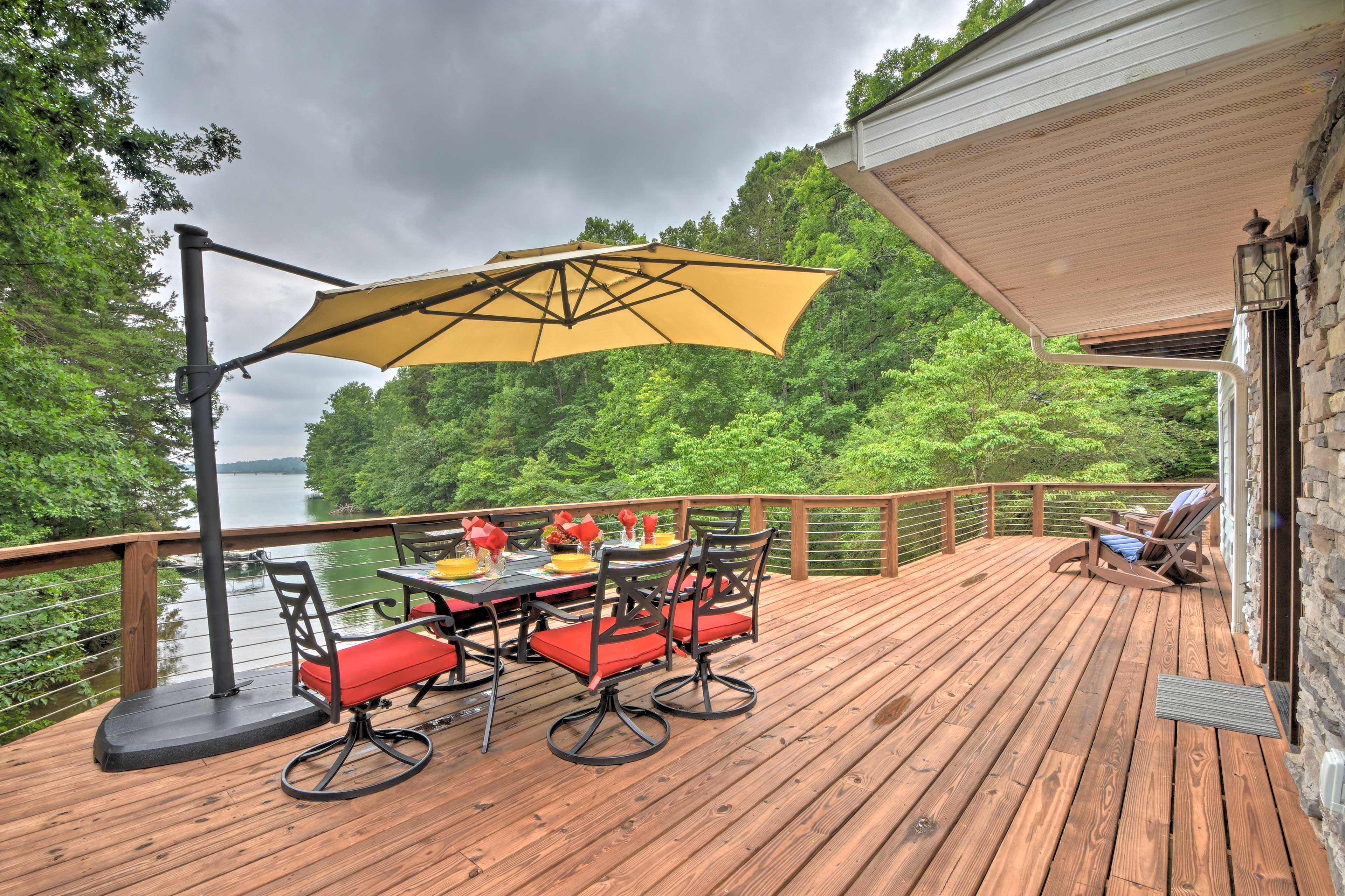 The deck is the perfect place to enjoy a meal al fresco.