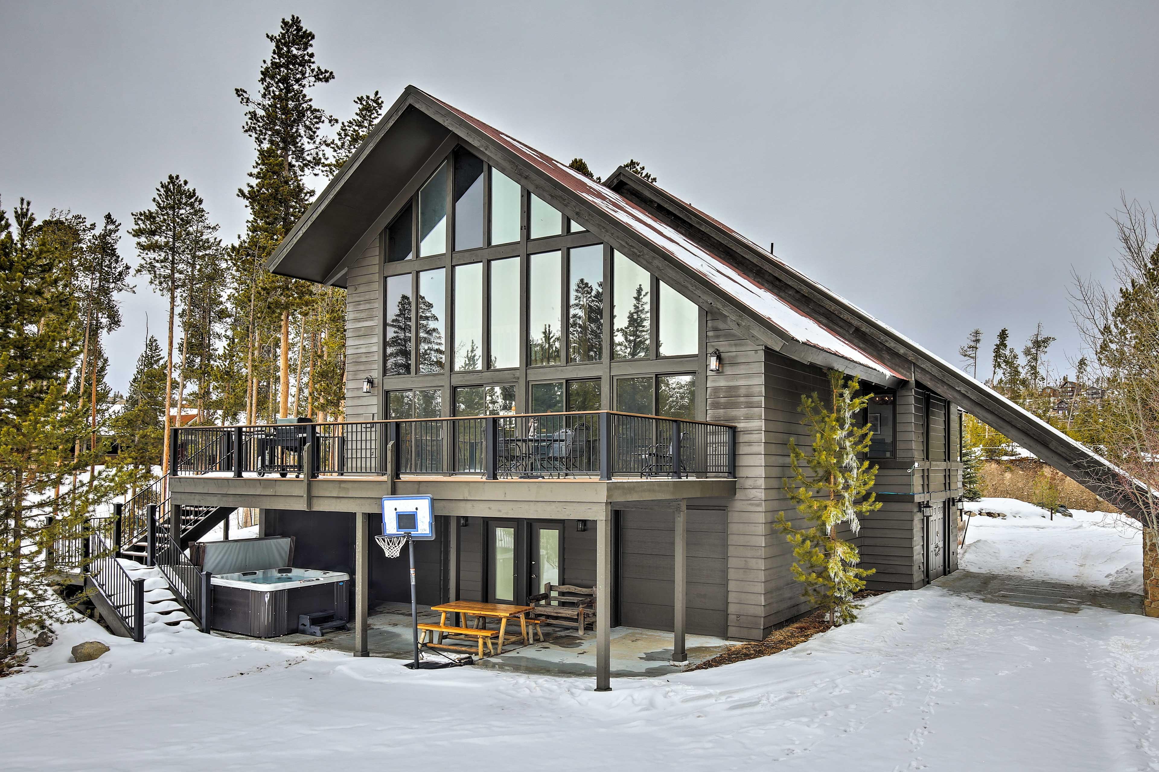 Grand Lake is a stunning all-season destination!