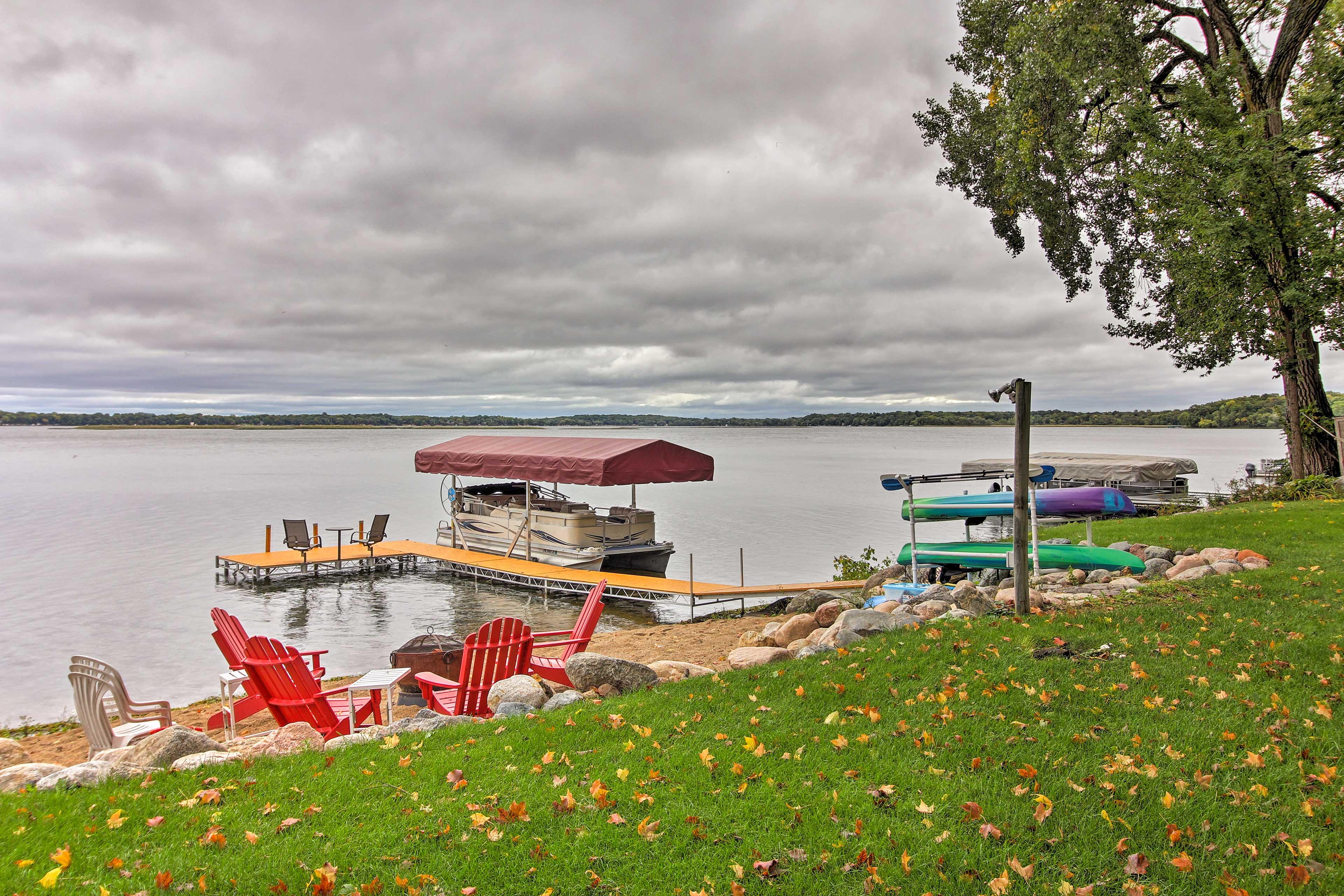 Enjoy stunning views of Clearwater Lake year-round.