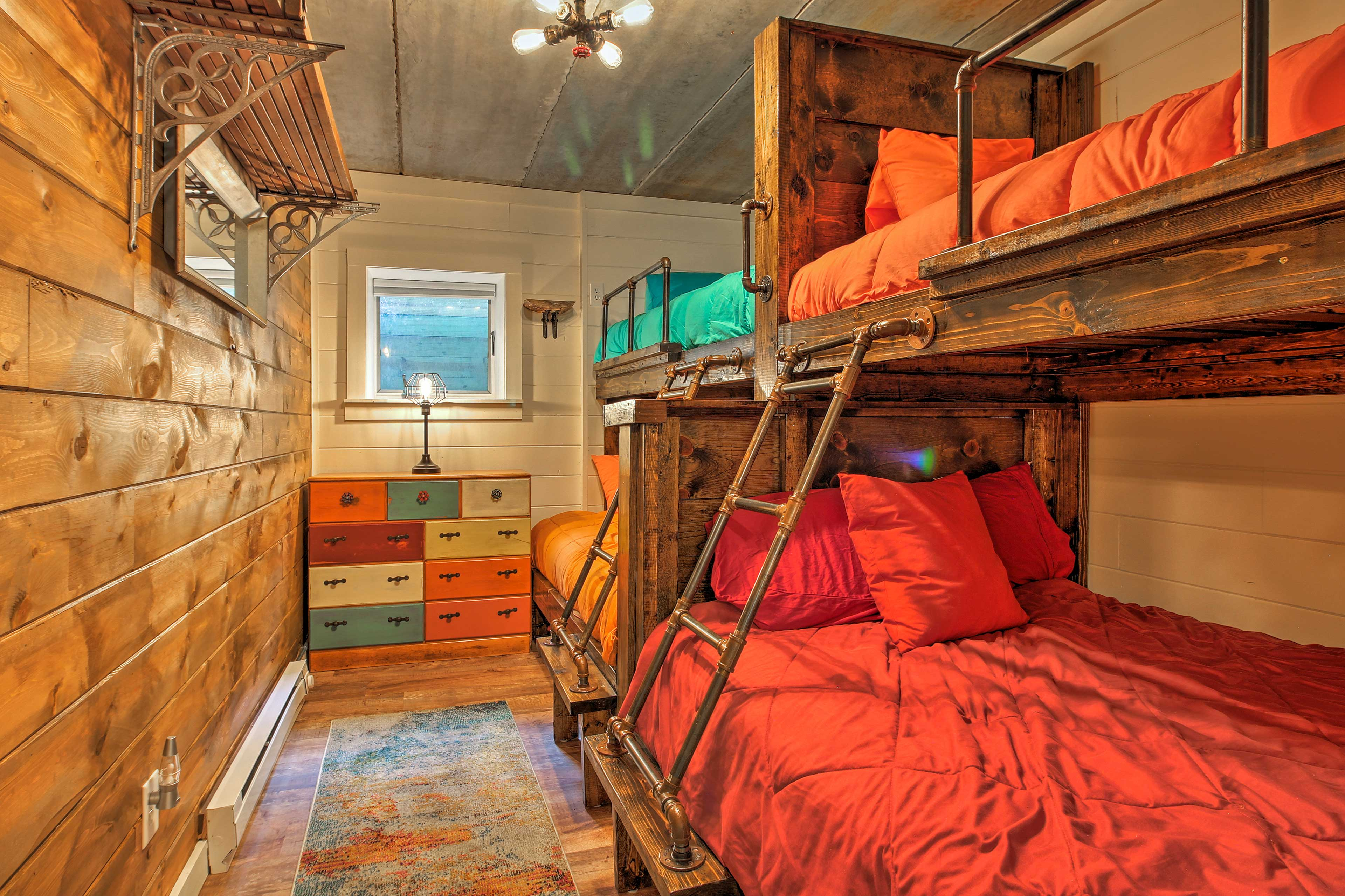 Both bunk rooms provide twin-over-full bunk beds.
